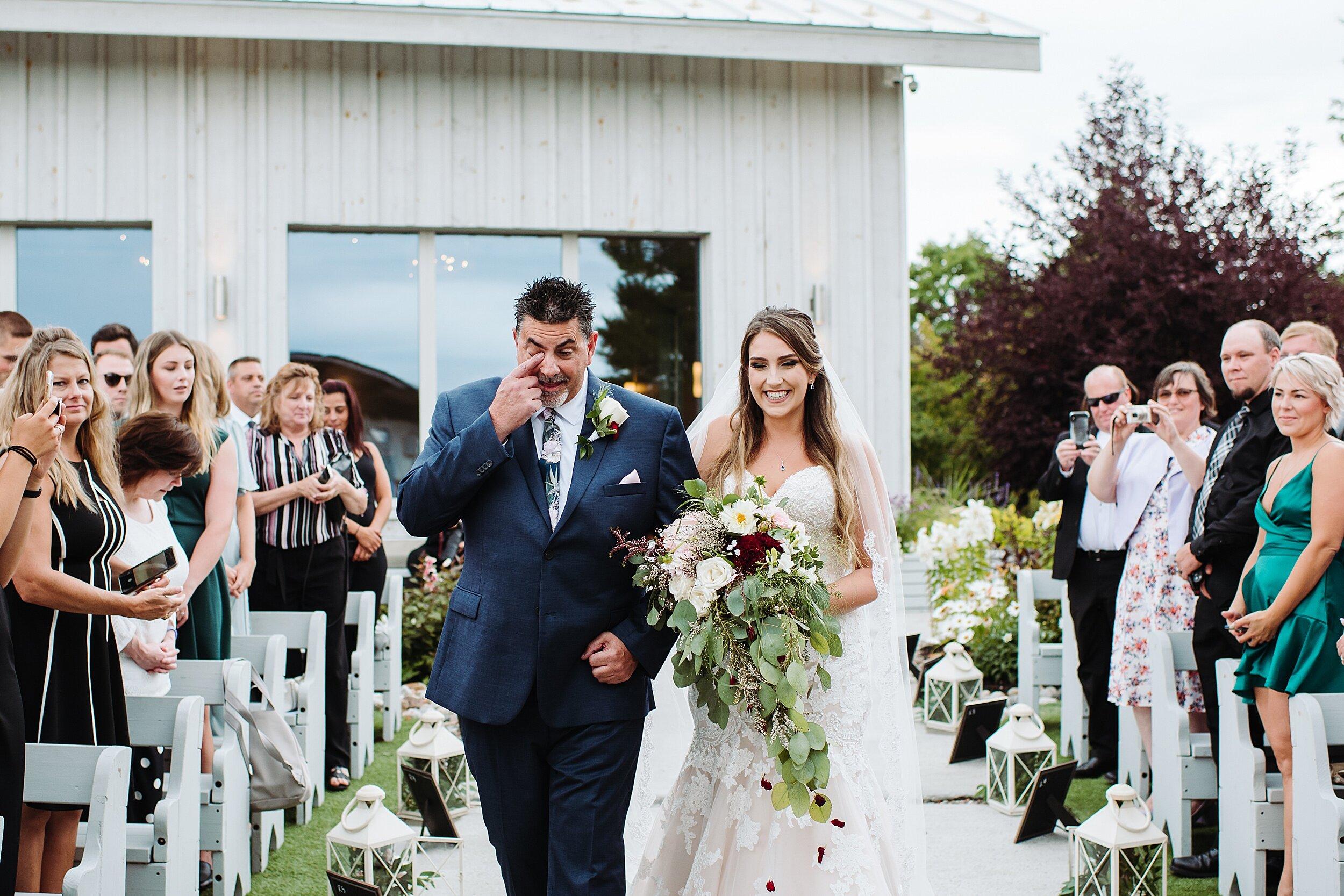 Le_Belvedere_Ottawa_Wakefiel_Quebec_Toronto_Wedding_Photographers_0033.jpg