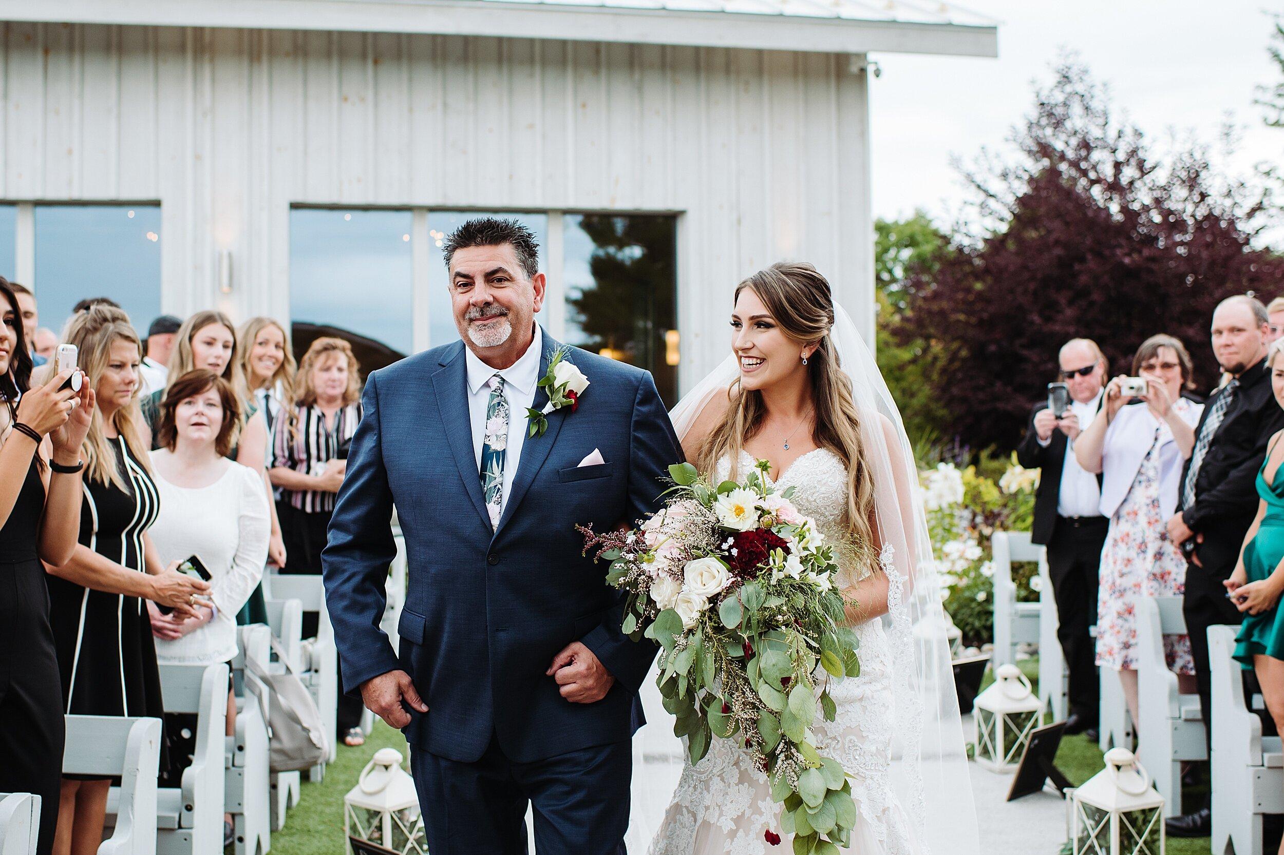 Le_Belvedere_Ottawa_Wakefiel_Quebec_Toronto_Wedding_Photographers_0035.jpg
