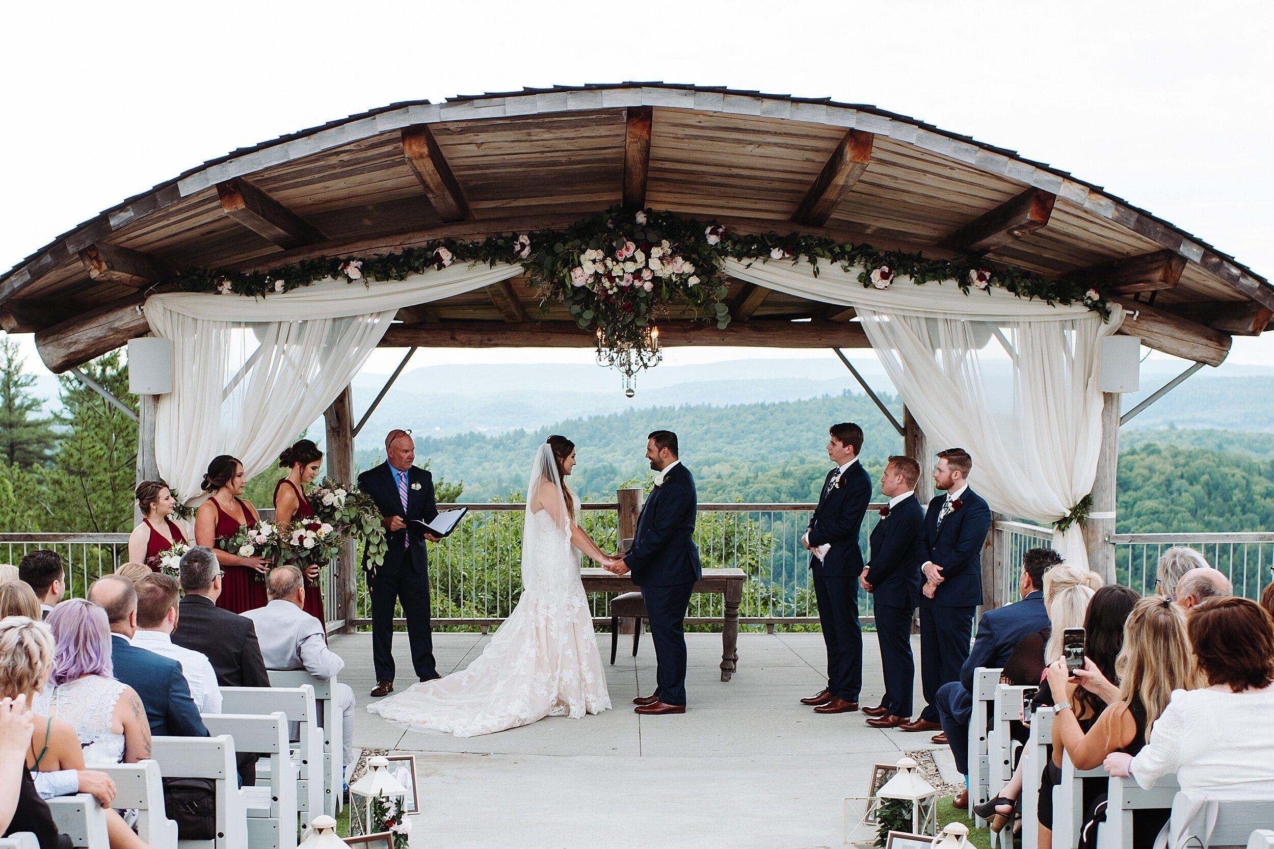 Le_Belvedere_Ottawa_Wakefiel_Quebec_Toronto_Wedding_Photographers_0041.jpg