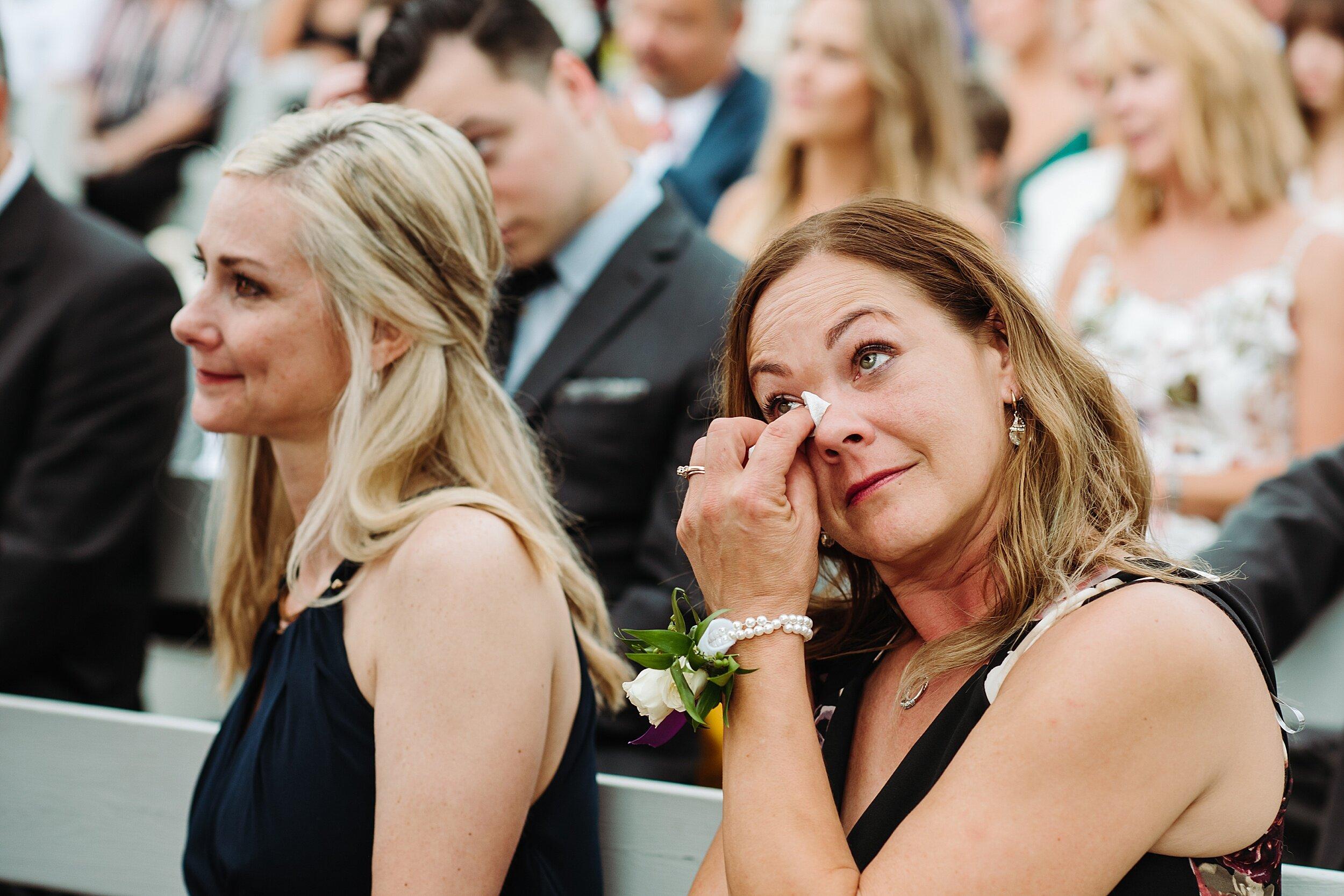 Le_Belvedere_Ottawa_Wakefiel_Quebec_Toronto_Wedding_Photographers_0046.jpg