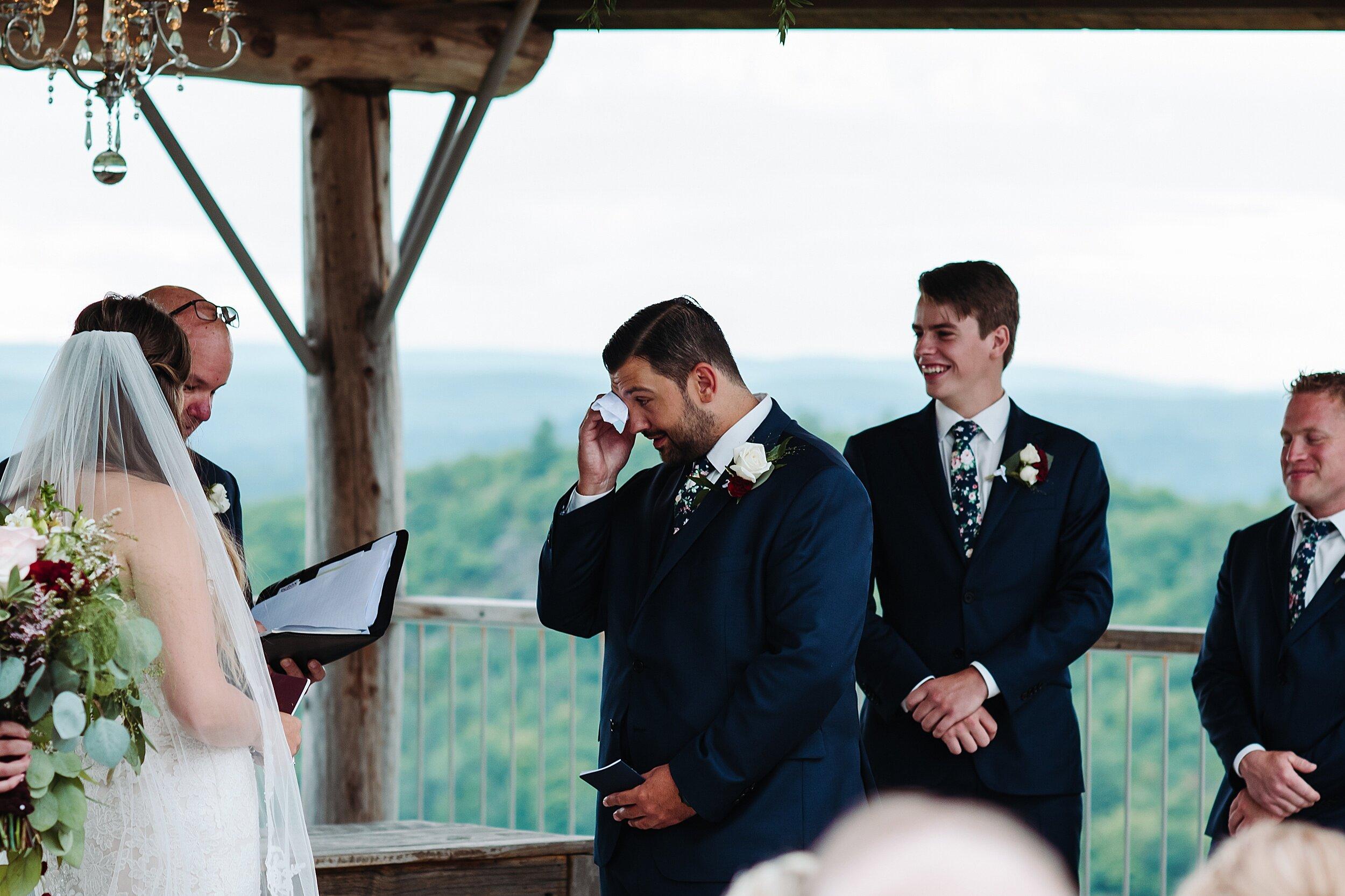 Le_Belvedere_Ottawa_Wakefiel_Quebec_Toronto_Wedding_Photographers_0052.jpg