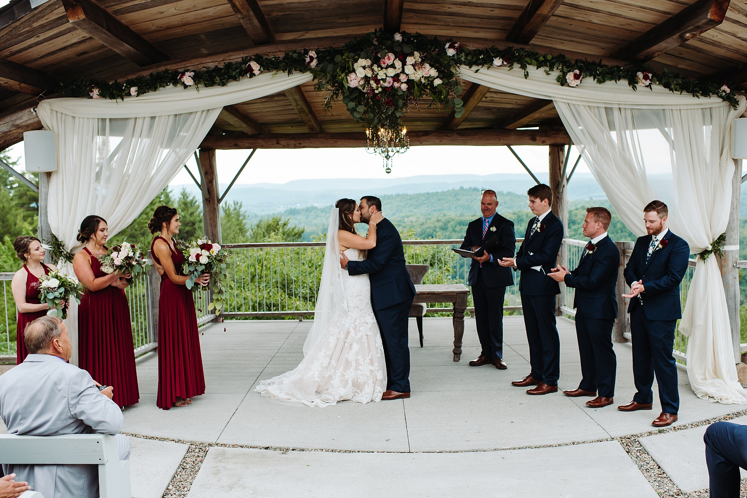 Le_Belvedere_Ottawa_Wakefiel_Quebec_Toronto_Wedding_Photographers_0054.jpg
