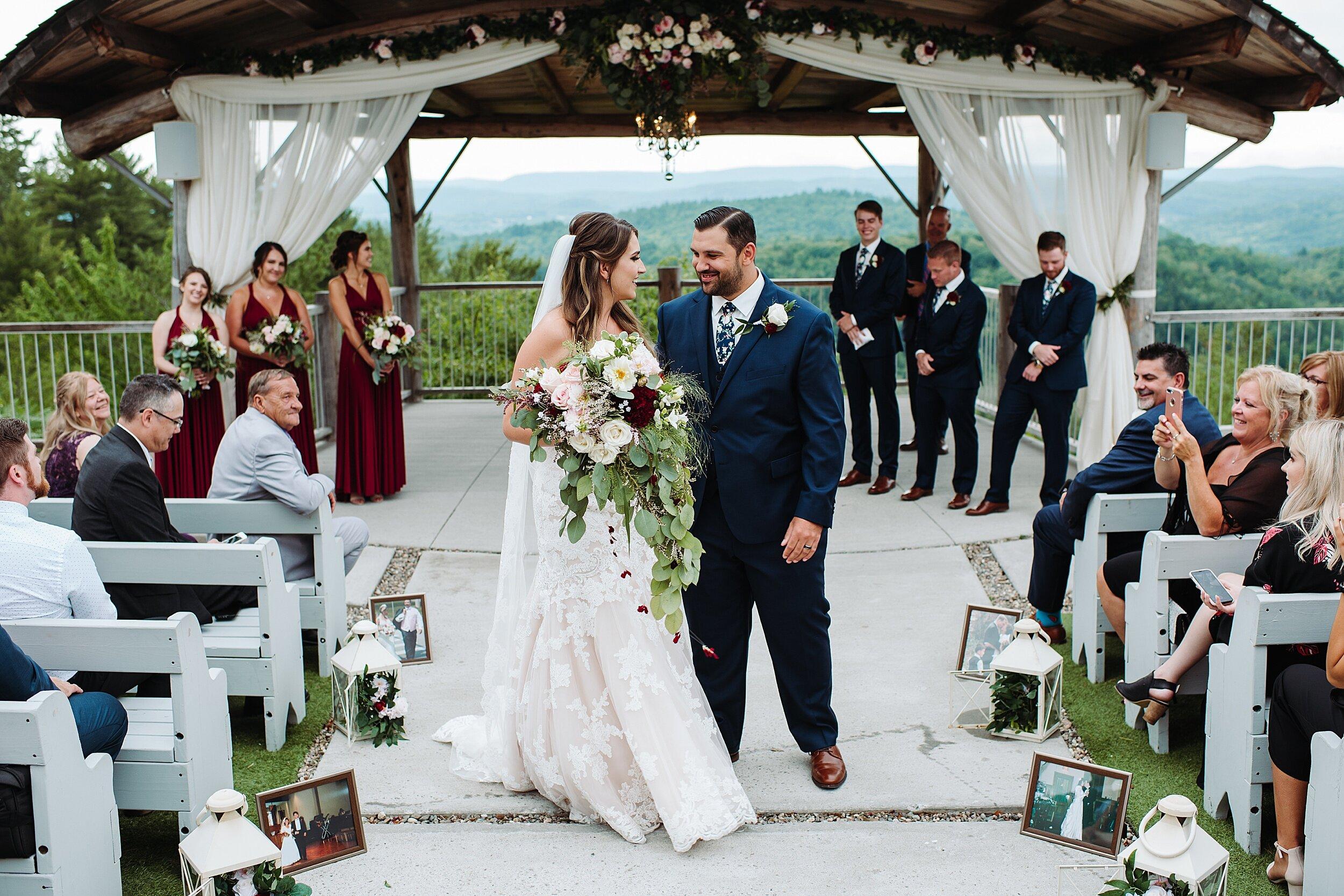 Le_Belvedere_Ottawa_Wakefiel_Quebec_Toronto_Wedding_Photographers_0056.jpg