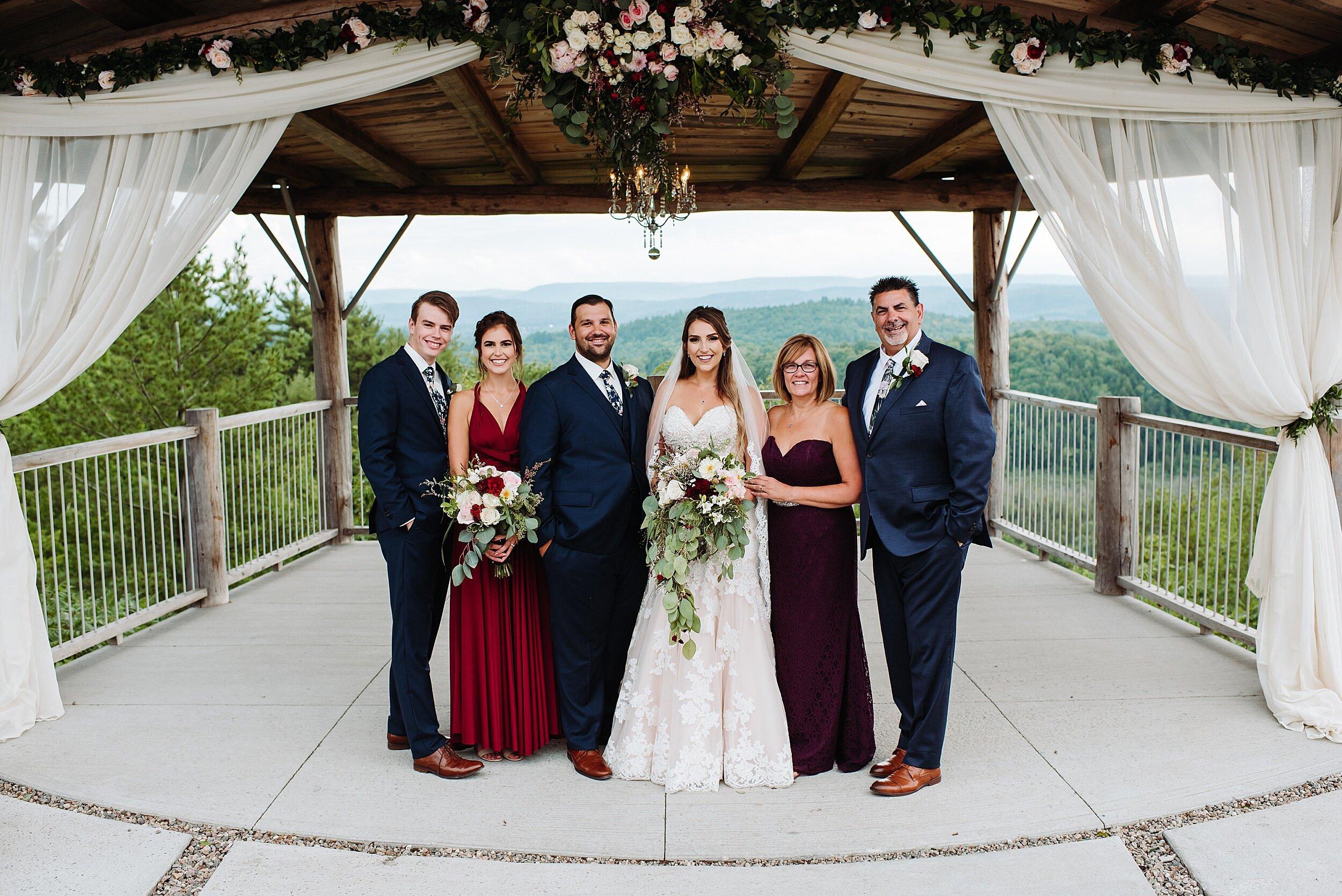 Le_Belvedere_Ottawa_Wakefiel_Quebec_Toronto_Wedding_Photographers_0057.jpg