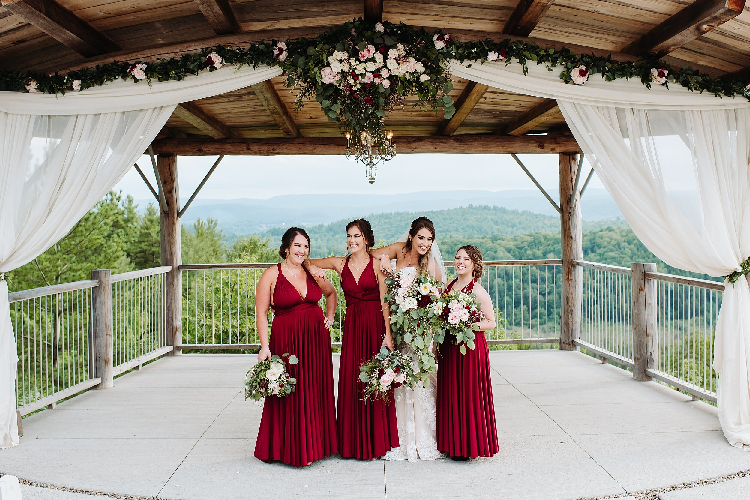 Le_Belvedere_Ottawa_Wakefiel_Quebec_Toronto_Wedding_Photographers_0064.jpg
