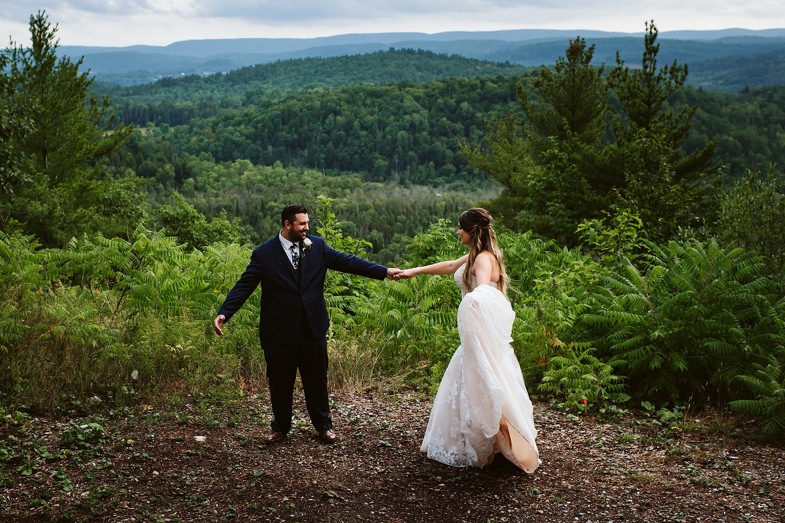 Le_Belvedere_Ottawa_Wakefiel_Quebec_Toronto_Wedding_Photographers_0077.jpg