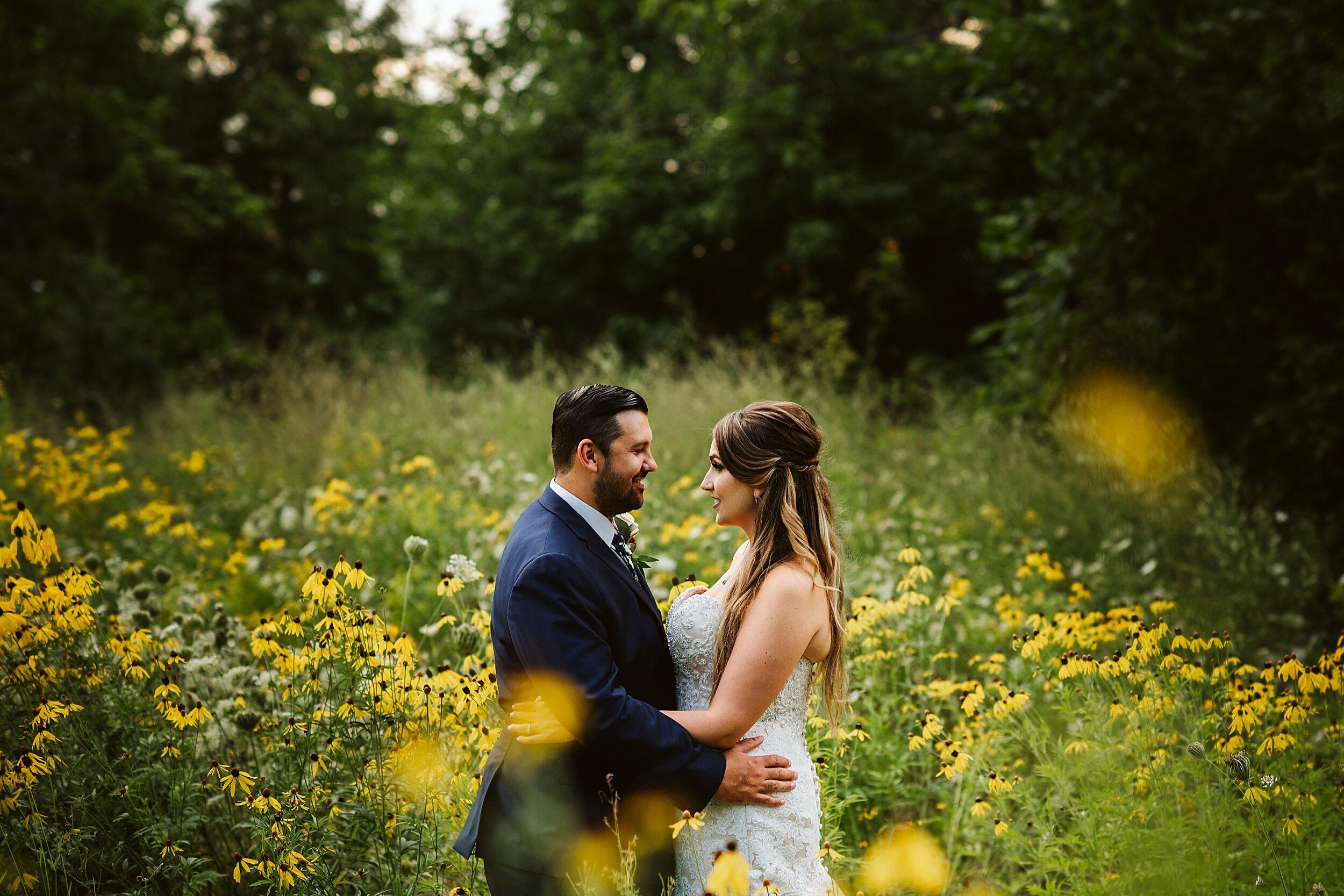 Le_Belvedere_Ottawa_Wakefiel_Quebec_Toronto_Wedding_Photographers_0085.jpg