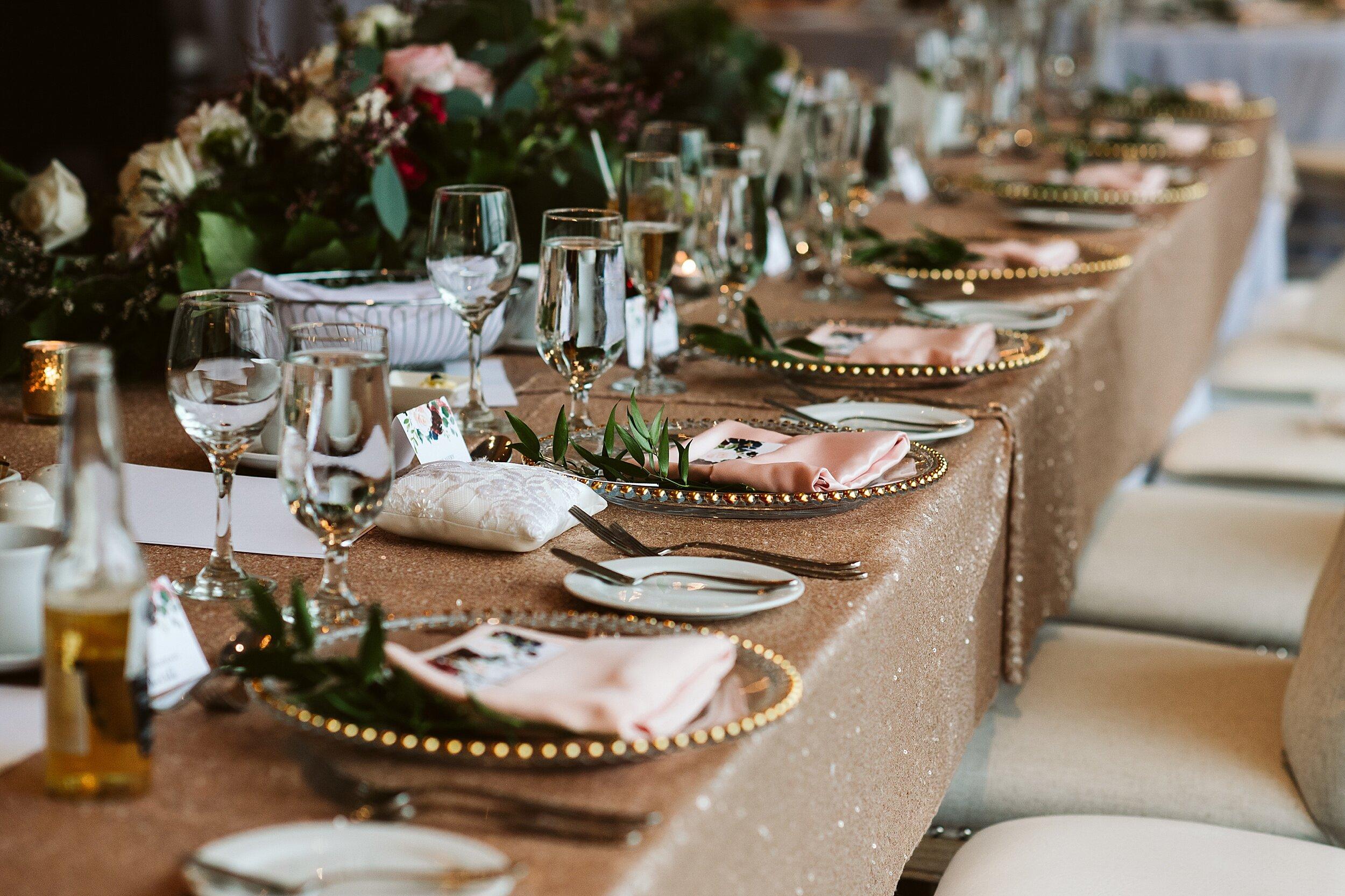 Le_Belvedere_Ottawa_Wakefiel_Quebec_Toronto_Wedding_Photographers_0103.jpg
