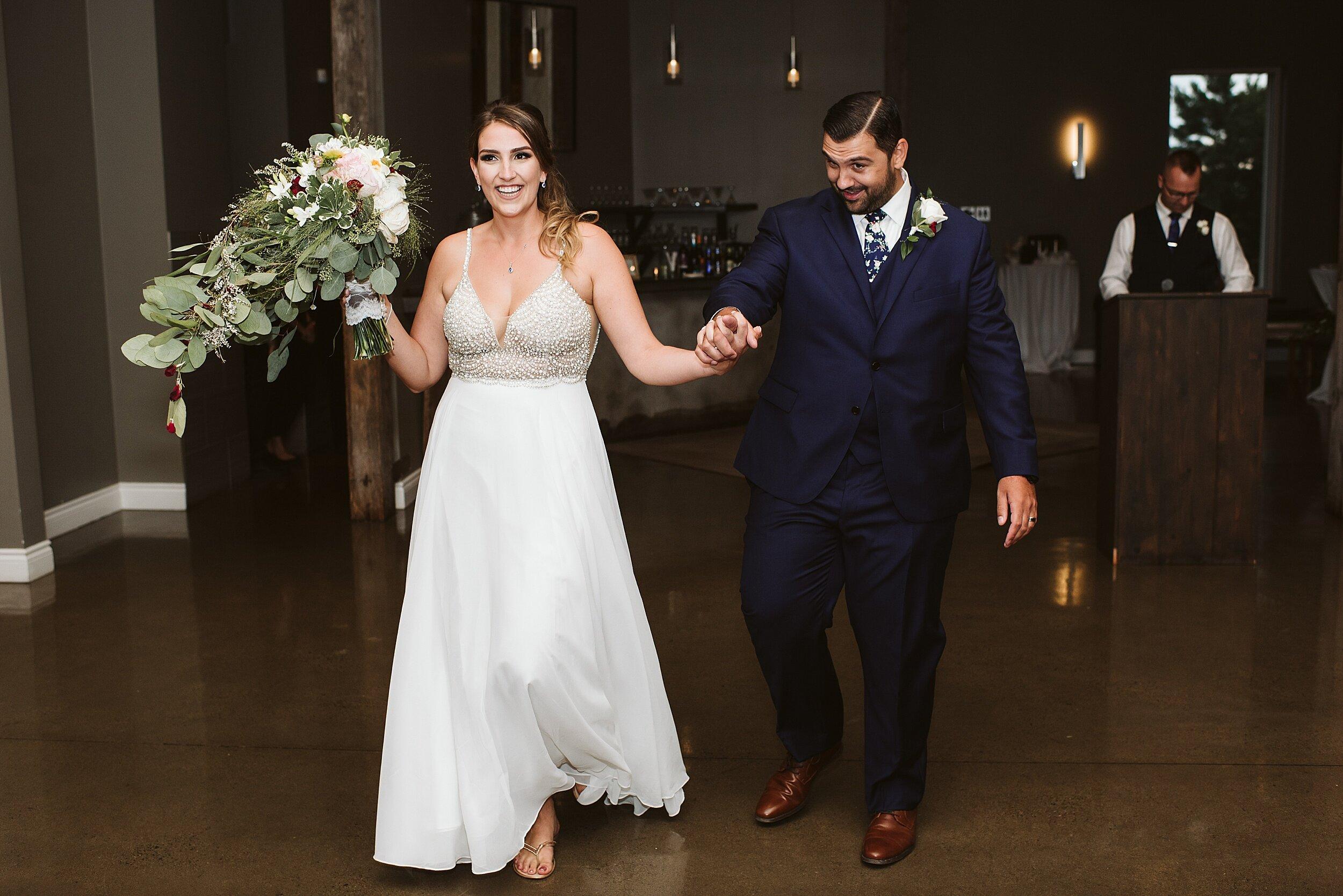 Le_Belvedere_Ottawa_Wakefiel_Quebec_Toronto_Wedding_Photographers_0105.jpg