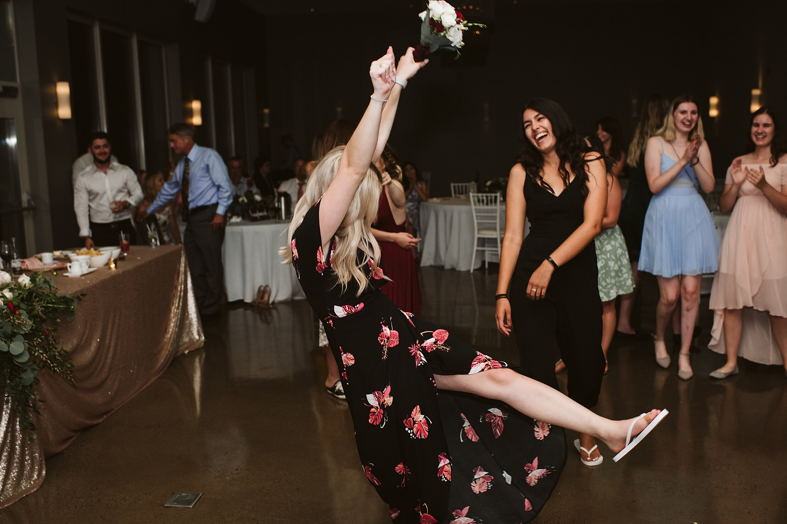 Le_Belvedere_Ottawa_Wakefiel_Quebec_Toronto_Wedding_Photographers_0140.jpg