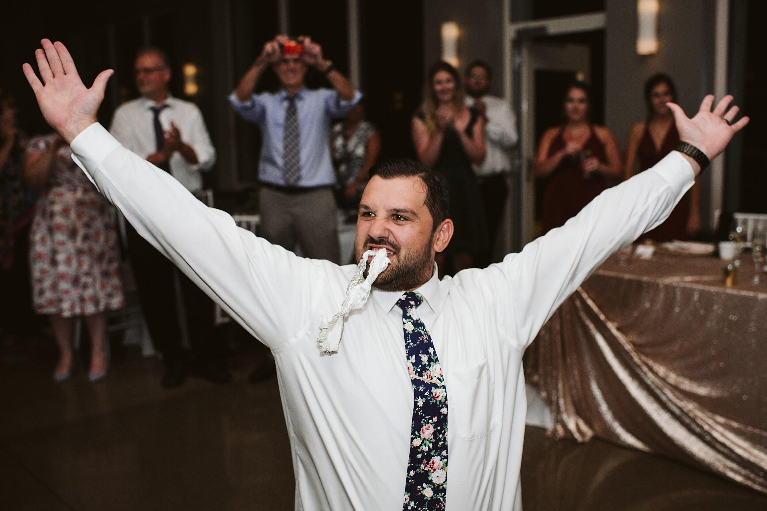 Le_Belvedere_Ottawa_Wakefiel_Quebec_Toronto_Wedding_Photographers_0144.jpg