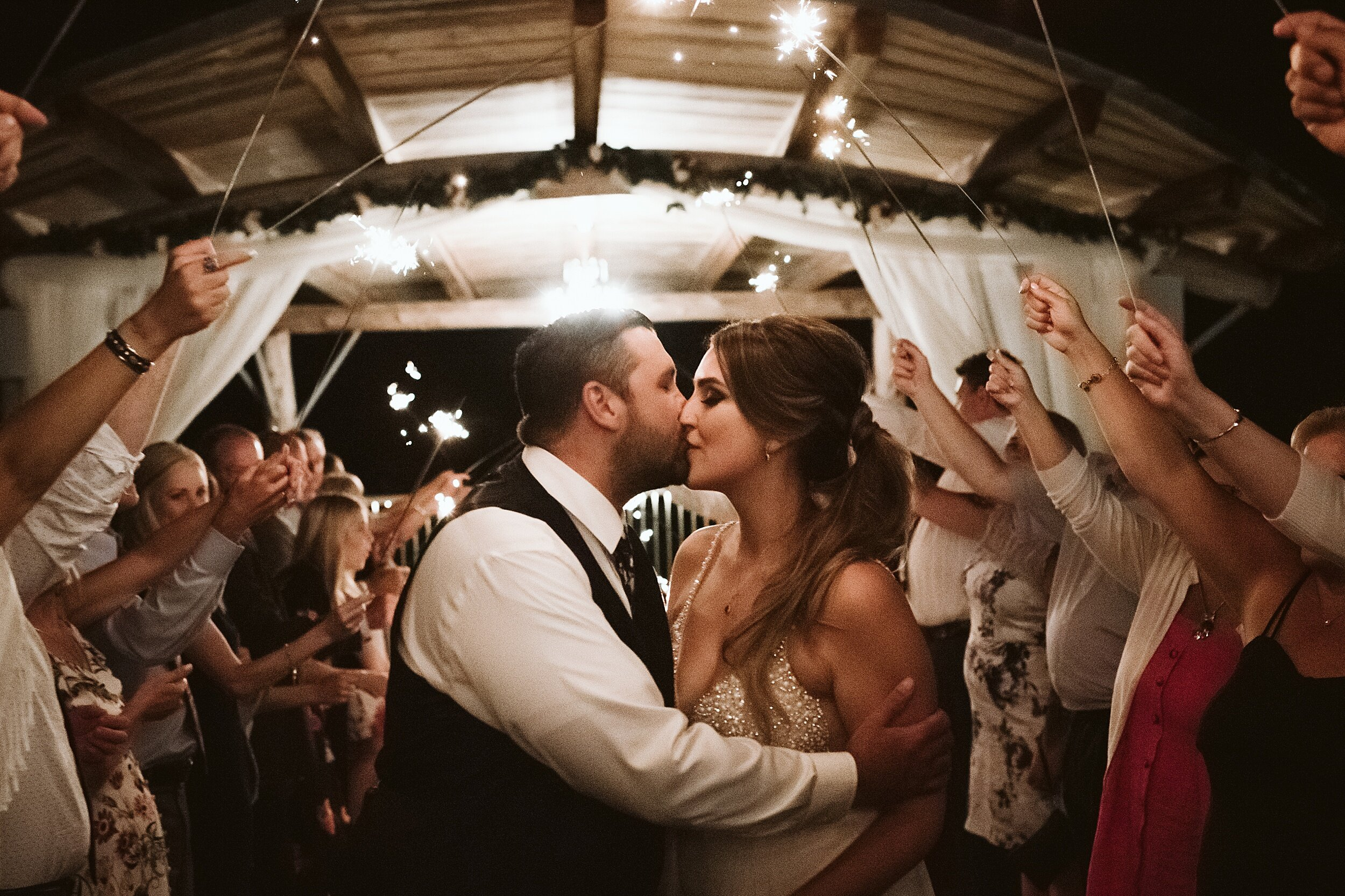 Le_Belvedere_Ottawa_Wakefiel_Quebec_Toronto_Wedding_Photographers_0149.jpg