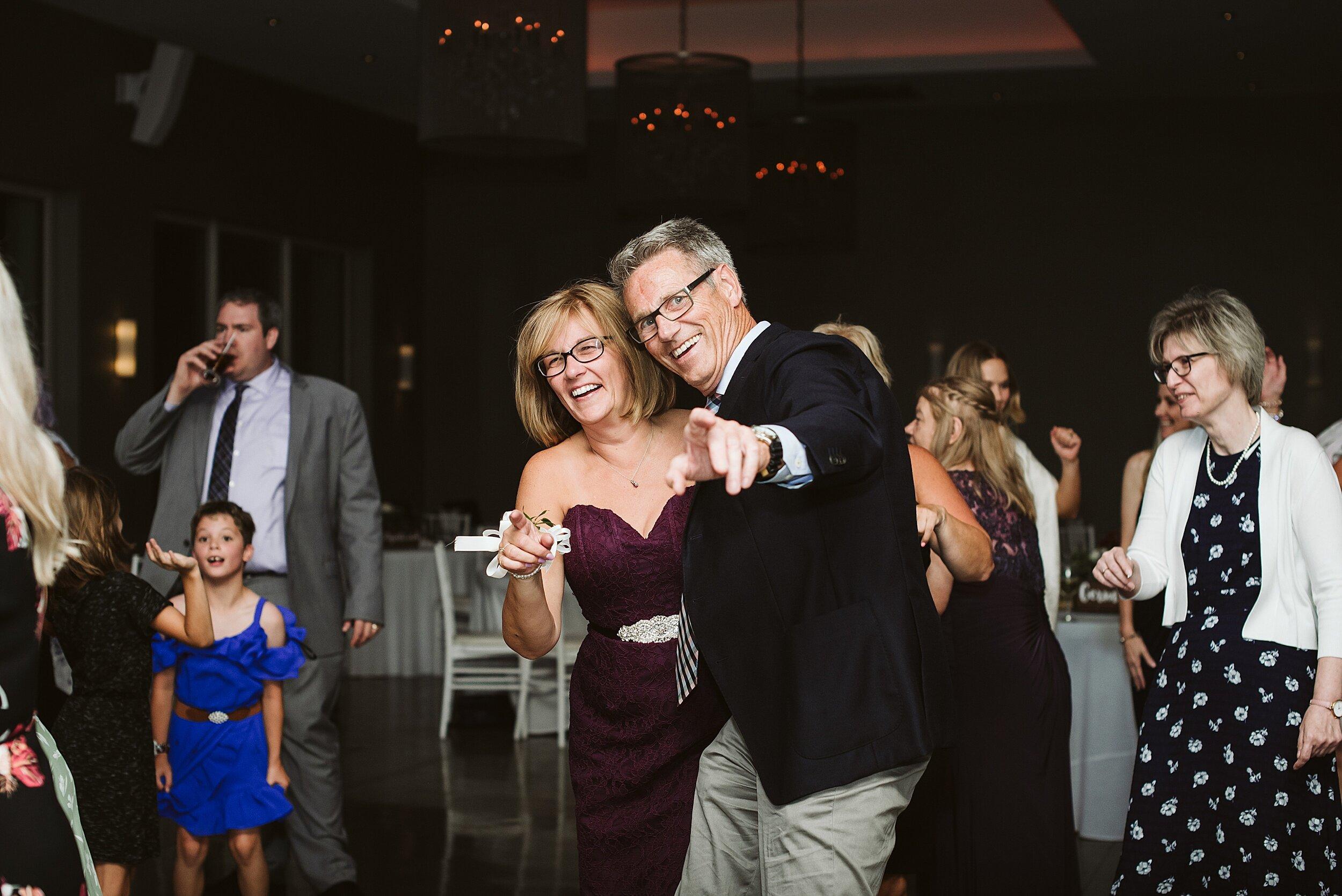 Le_Belvedere_Ottawa_Wakefiel_Quebec_Toronto_Wedding_Photographers_0154.jpg