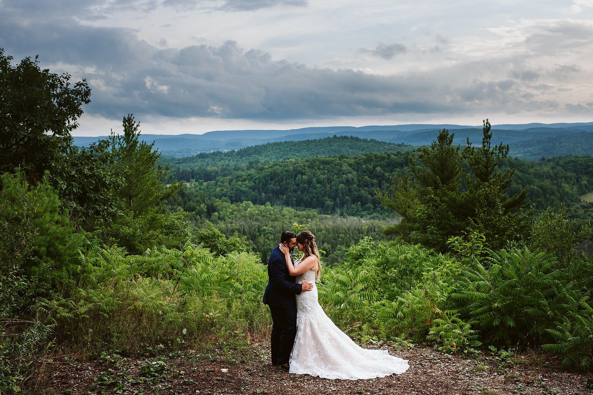 Le Belvedere Ottawa Cliffside Wedding   Britney & Nick