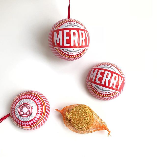 Chocolate filled baubles (The Artisan Maker)