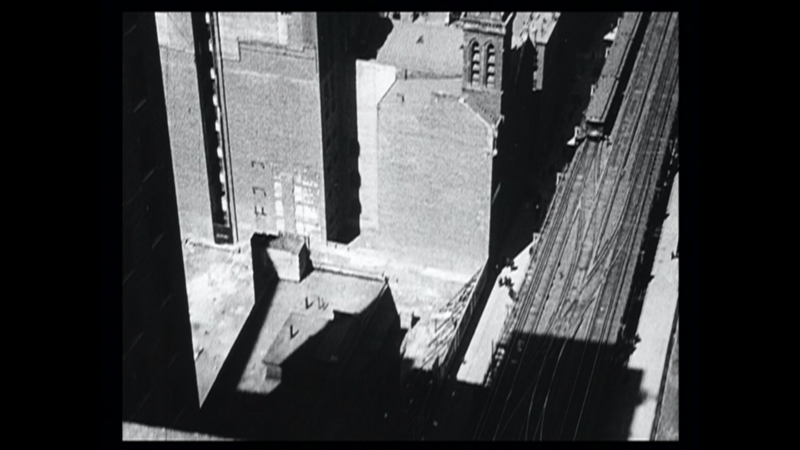 Still from  Manhatta  . (Doesn't this look exactly like a Sheeler painting?)