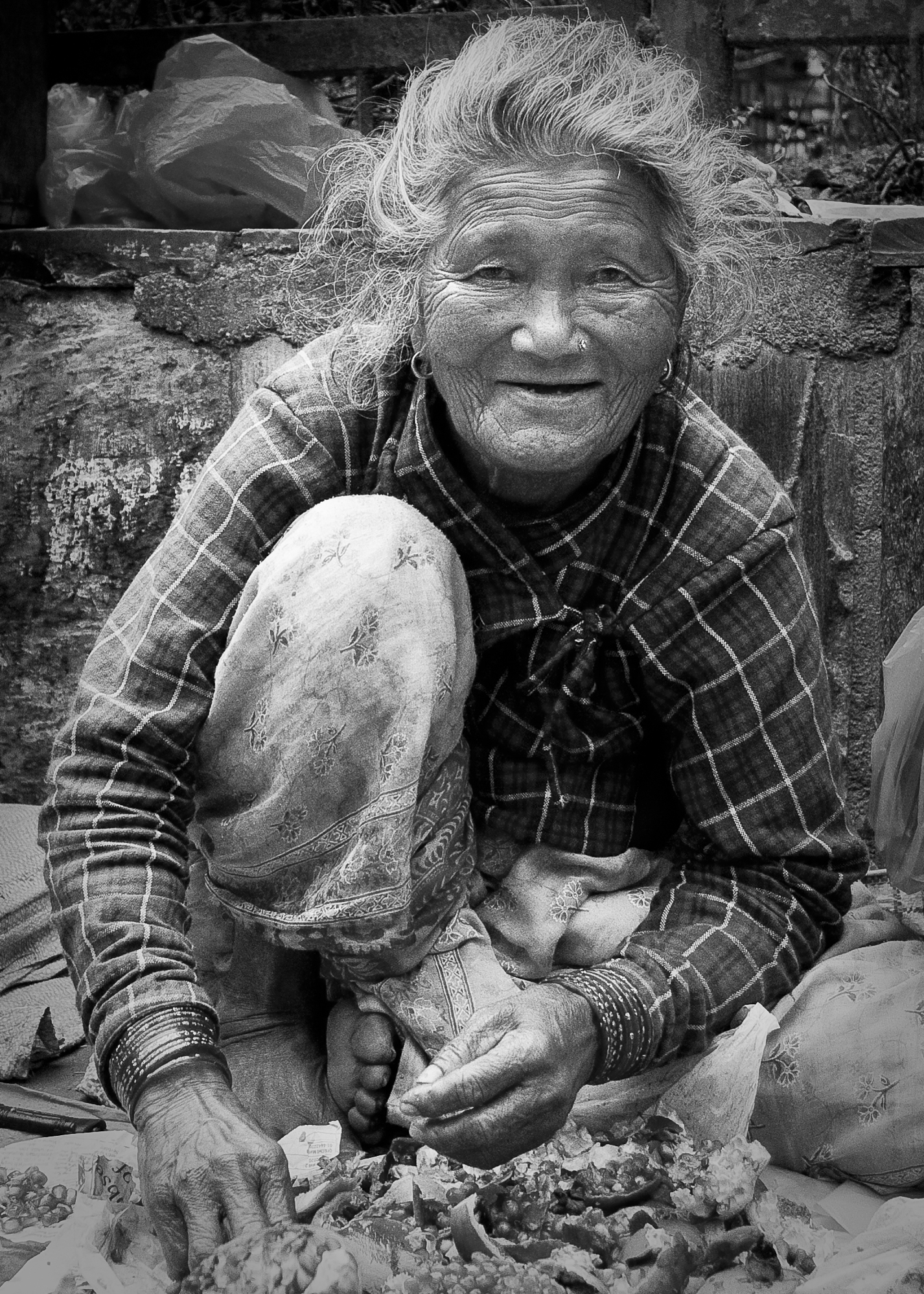 Fruit lady BW 5x7.jpg