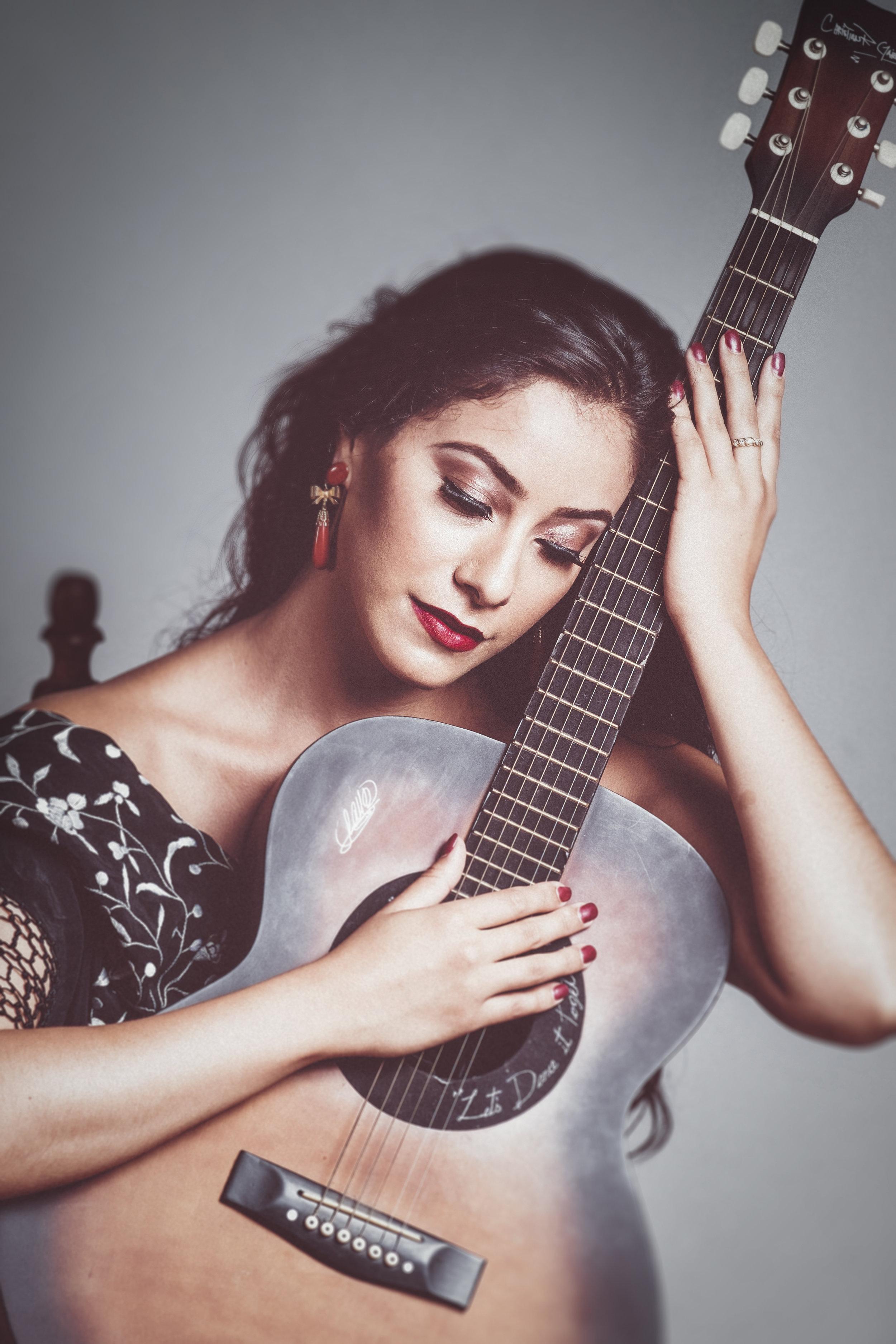Flamenco Guitar.jpg
