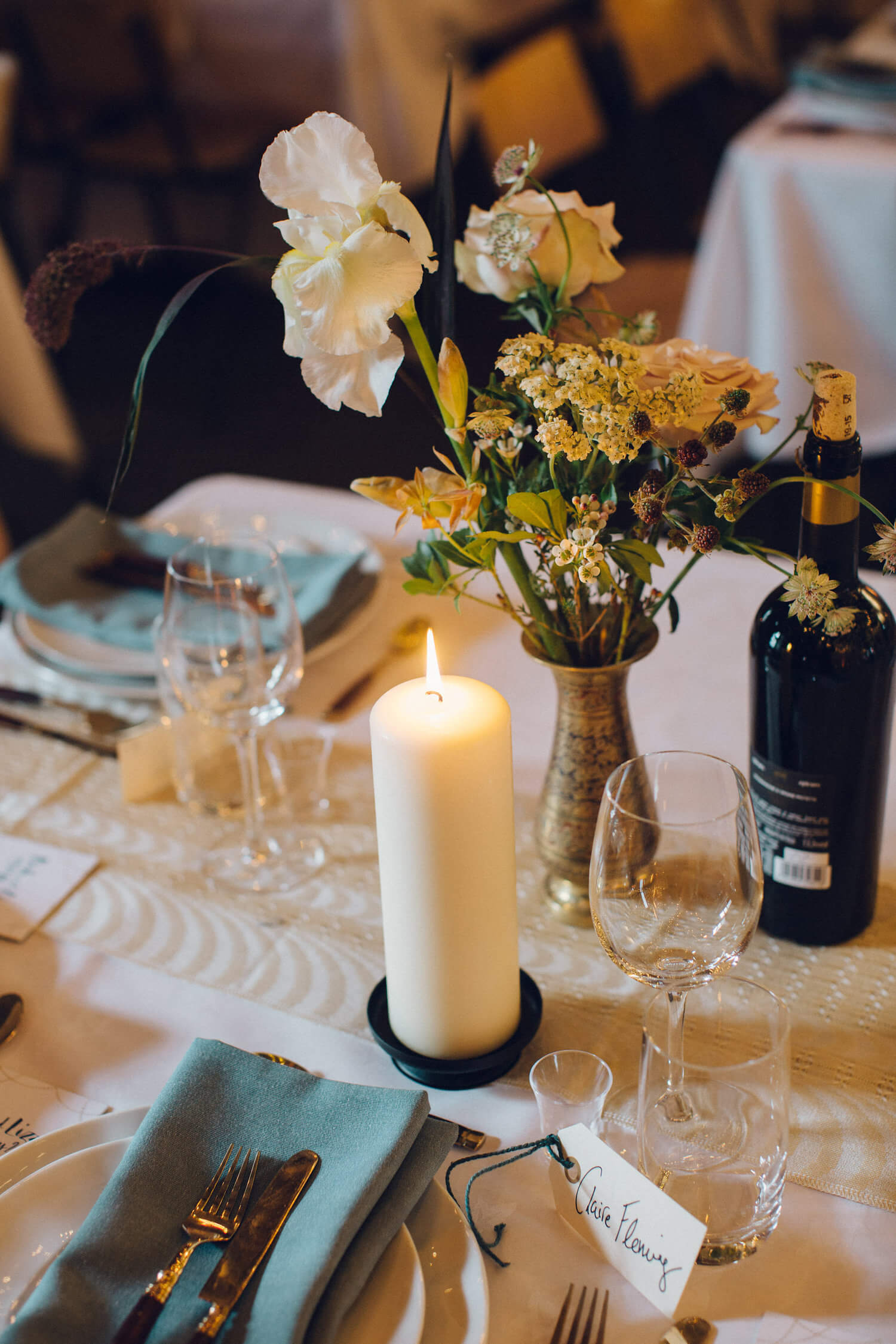 Unusual wedding tablescape, Quirky Venue, Non-traditional wedding planner, London Wedding coordination, Bespoke weddings, Brixton Wedding, Informal,