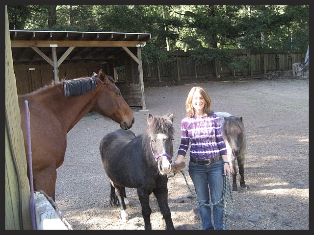 Holly with Danika and Ponies.jpg