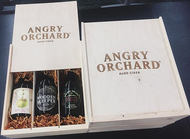 Now here's a package we'd like to see under our tree this year! 🎁🍾 A boozey fulfillment project we recently finished for Angry Orchard #LifeAtLogOn