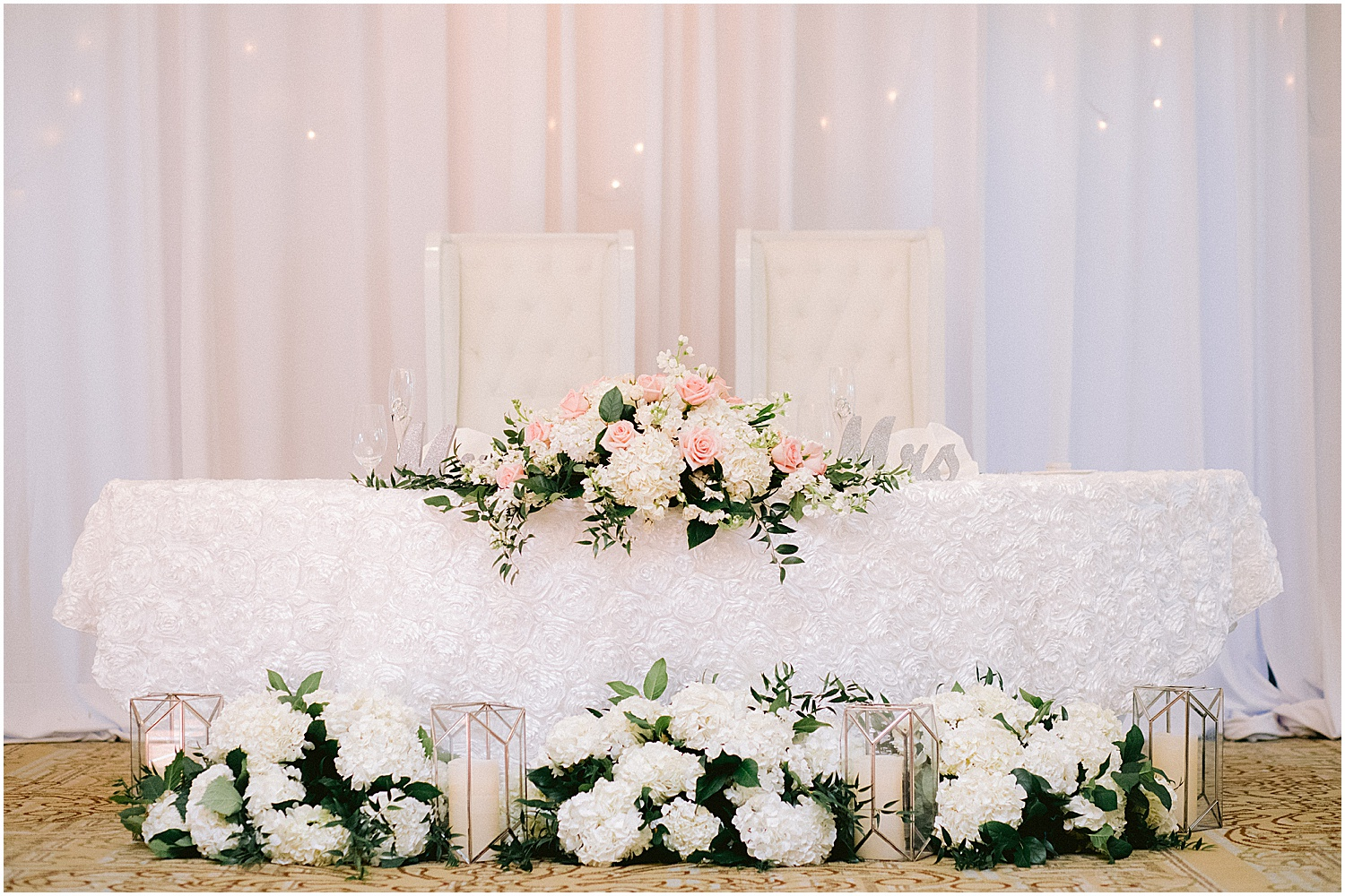 willoughby golf club wedding sweetheart table