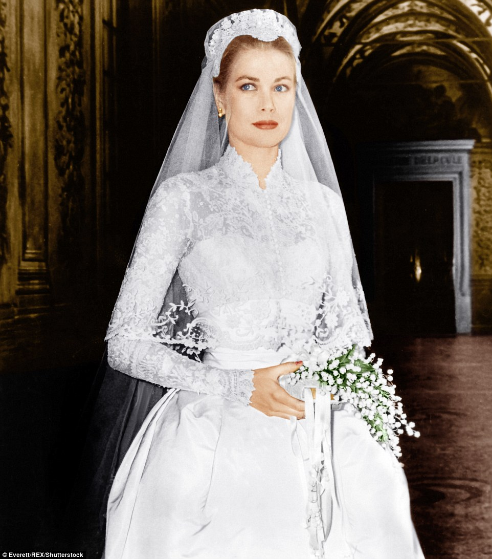 Grace Kelly looking elegant in dainty lace at her 1956 wedding | follow along on Instagram @ thewildflowers.events