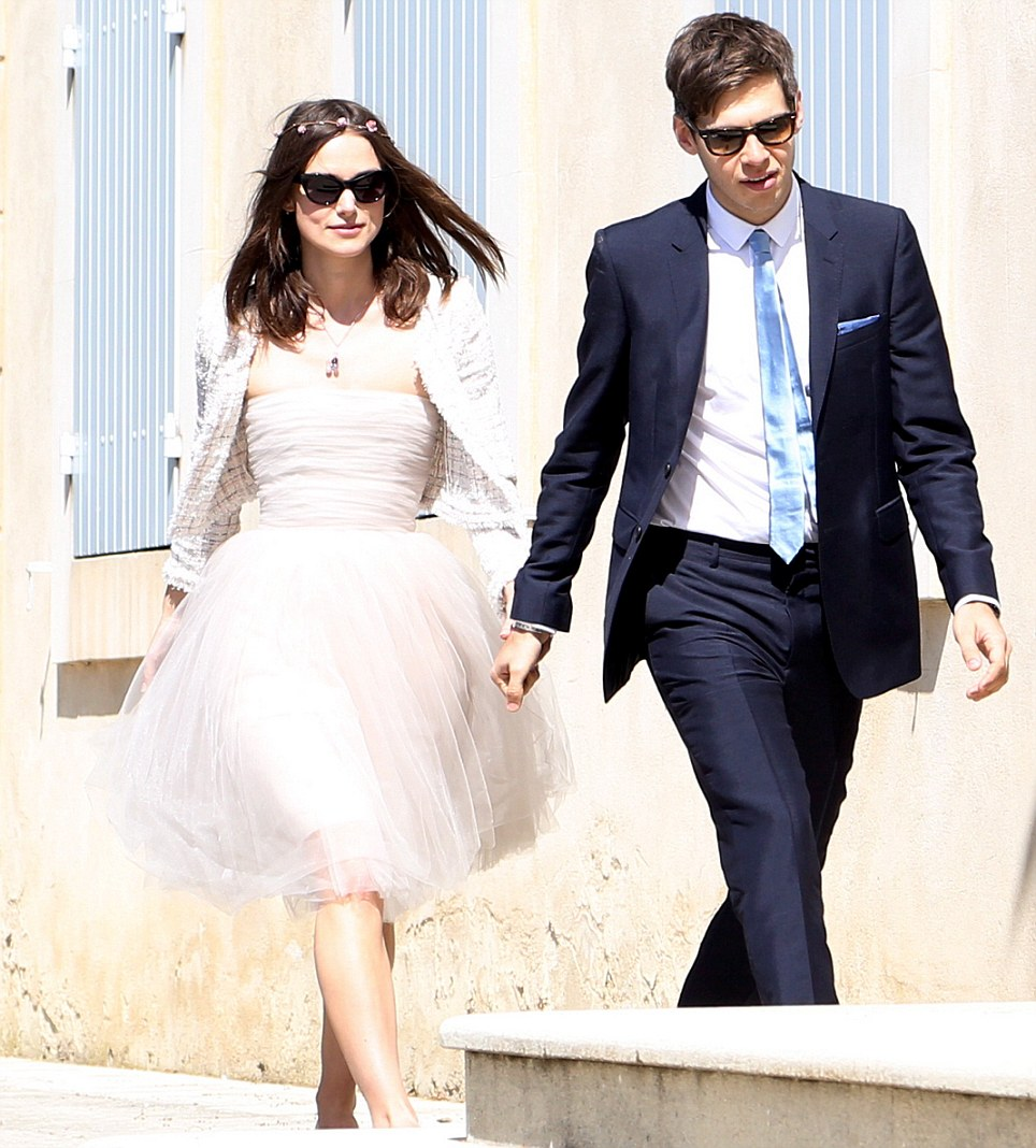 Wildflower bride Keira Knightley pairs sunnies with tulle | follow us on Instagram @ thewildflowers.events