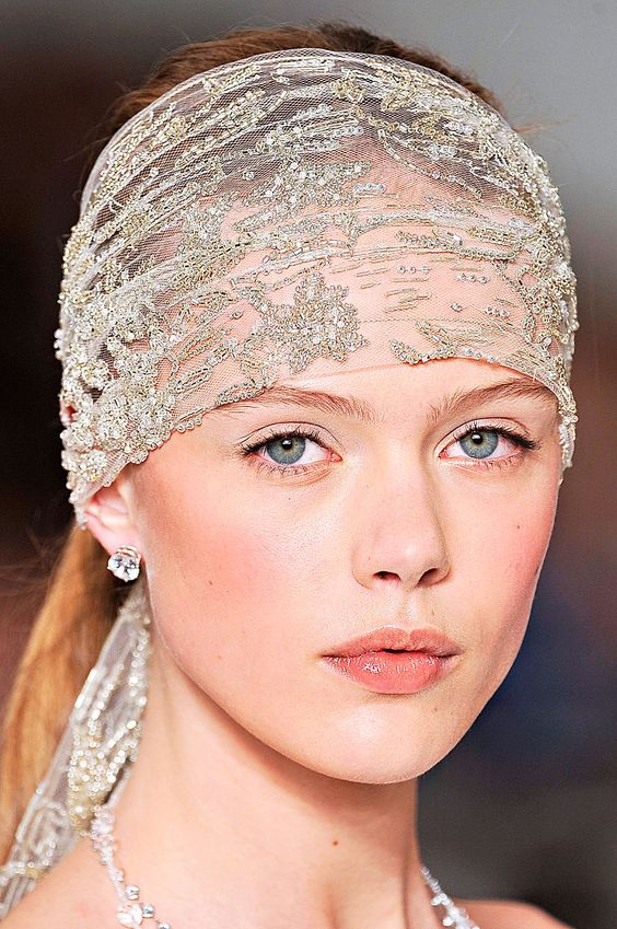 Headwrap veils are often heavily embellished. Headwrap: A favorite among bohemian, modern brides, the headwrap style veil is effortless and easy to dress up or down.