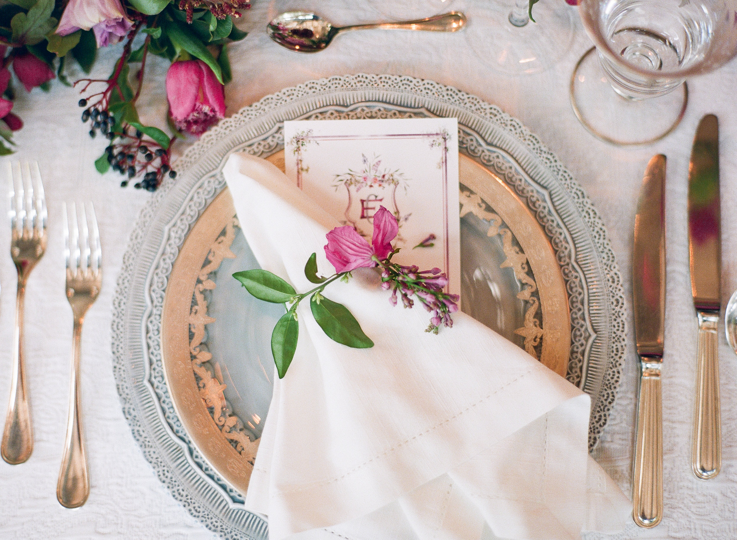 The Prettiest Place Setting by   Martha Stewart Weddings