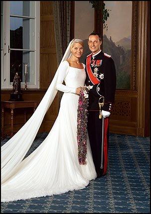 14.jpgPrincess Mette-Marit and Prince Haakon of Norway wedding