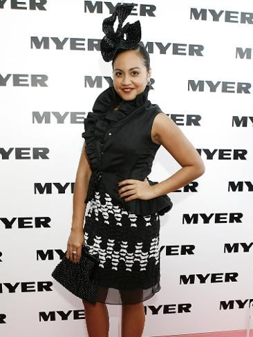 335482-jessica-mauboy-at-stakes-day.jpg