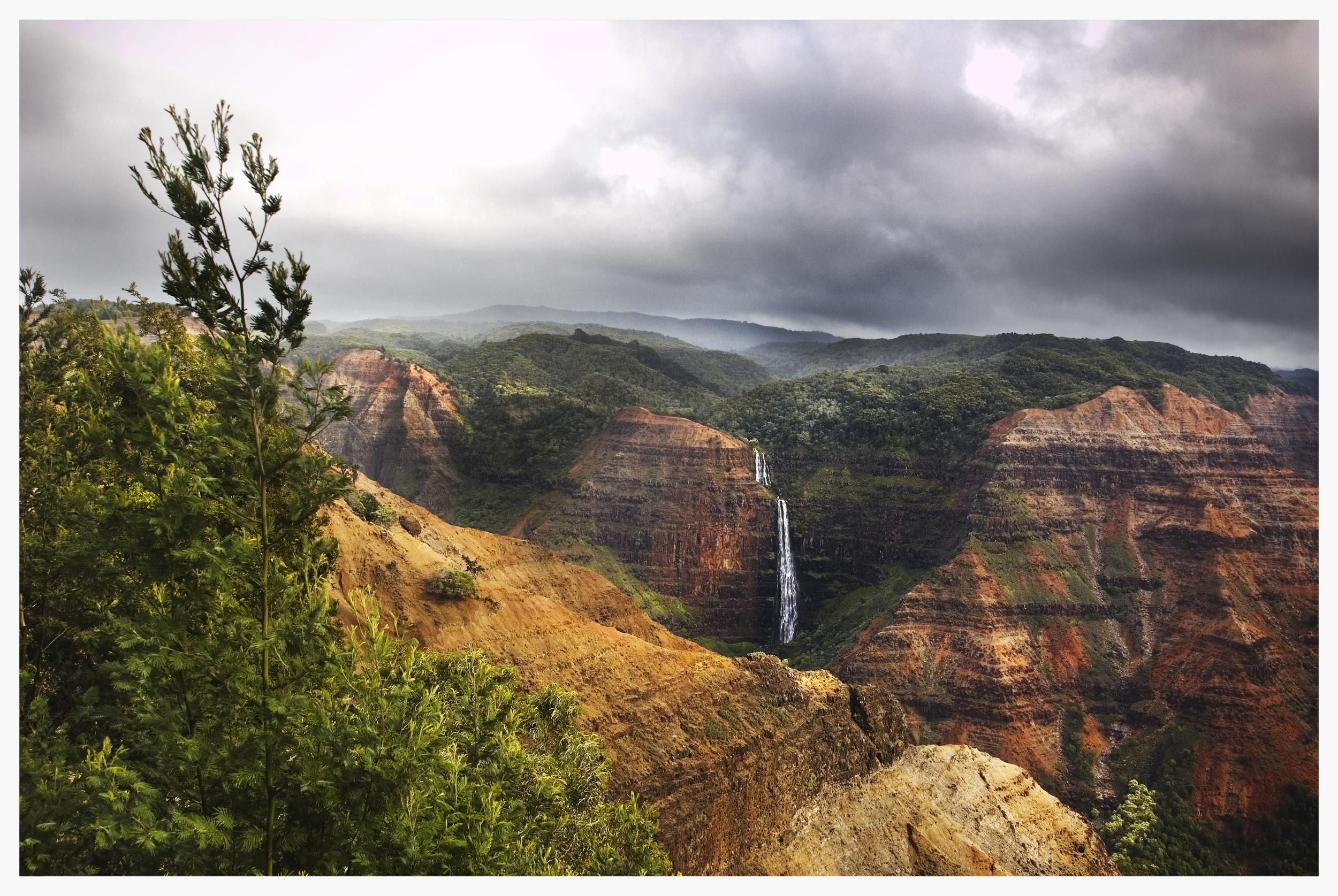 Waipo'o Falls-View from The Meadow2.jpg