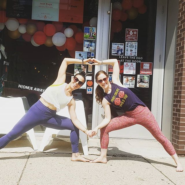 So much LOVE for this space and this community! We made as many ❤ as possible for the final day of this challenge. Thank you @zenyogagarage for holding space for all of us!! Zen Yoga Garage is celebrating it's 6th birthday this month with a special #ZYGturns6 challenge! The challenge runs from 7/14-7/19, only 6 days of fun, and anyone can participate! Get ready to join in tomorrow!  Here's how to play: 1. Follow and tag the hosts in every post for all 6 days 2. Use the hashtag #ZYGturns6 in every post 3. Tag some friends and join in with the community Each day will have a winner, chosen by our hosts!  Hosts: @see_jane_yoga @amberdaniellecook @martialstretch_ @chrismix_ @nicolebelica @yogimelt @piperloriparker  PRIZES AWARDED each day!  7/14 Day 1: #treeposeinregularclothes - Tree in whatever you've got on that day 7/15 Day 2: #stopdropandcrow - Do a crow anywhere in the world 7/16 Day 3: #omawayfromhome - Any pose AT ZYG 7/17 Day 4: #holdmeclosertinydancer - Dancer pose  Bonus points if you do it with a partner  7/18 Day 5: #sitwithzen- Easy pose 🧘🏻‍♀️🧘‍♂️ Sukhasana 7/19 Day 6:  #twohanded❤️mudra - Any pose with ❤️ mudra