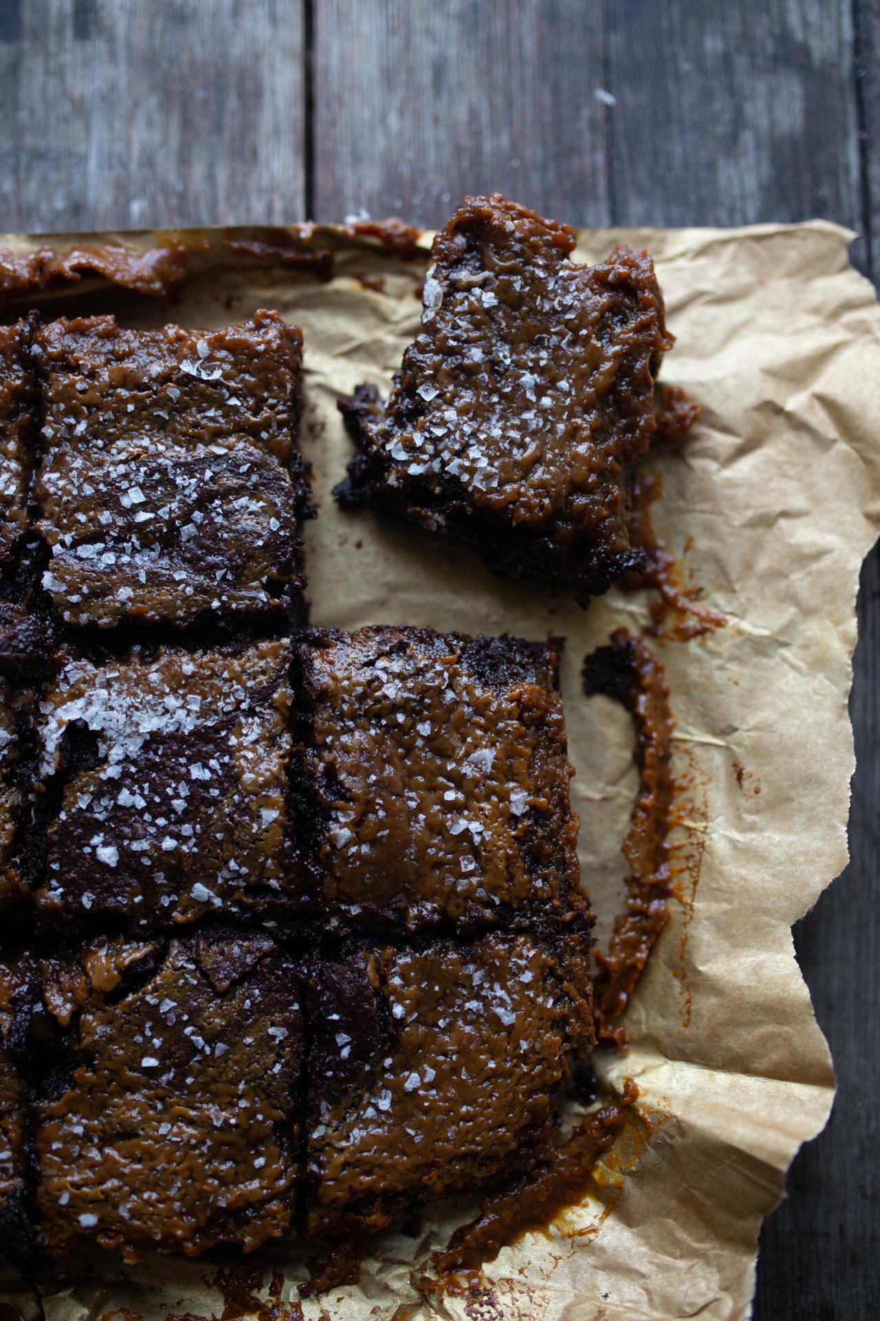 salted carammel brownies-5.jpg