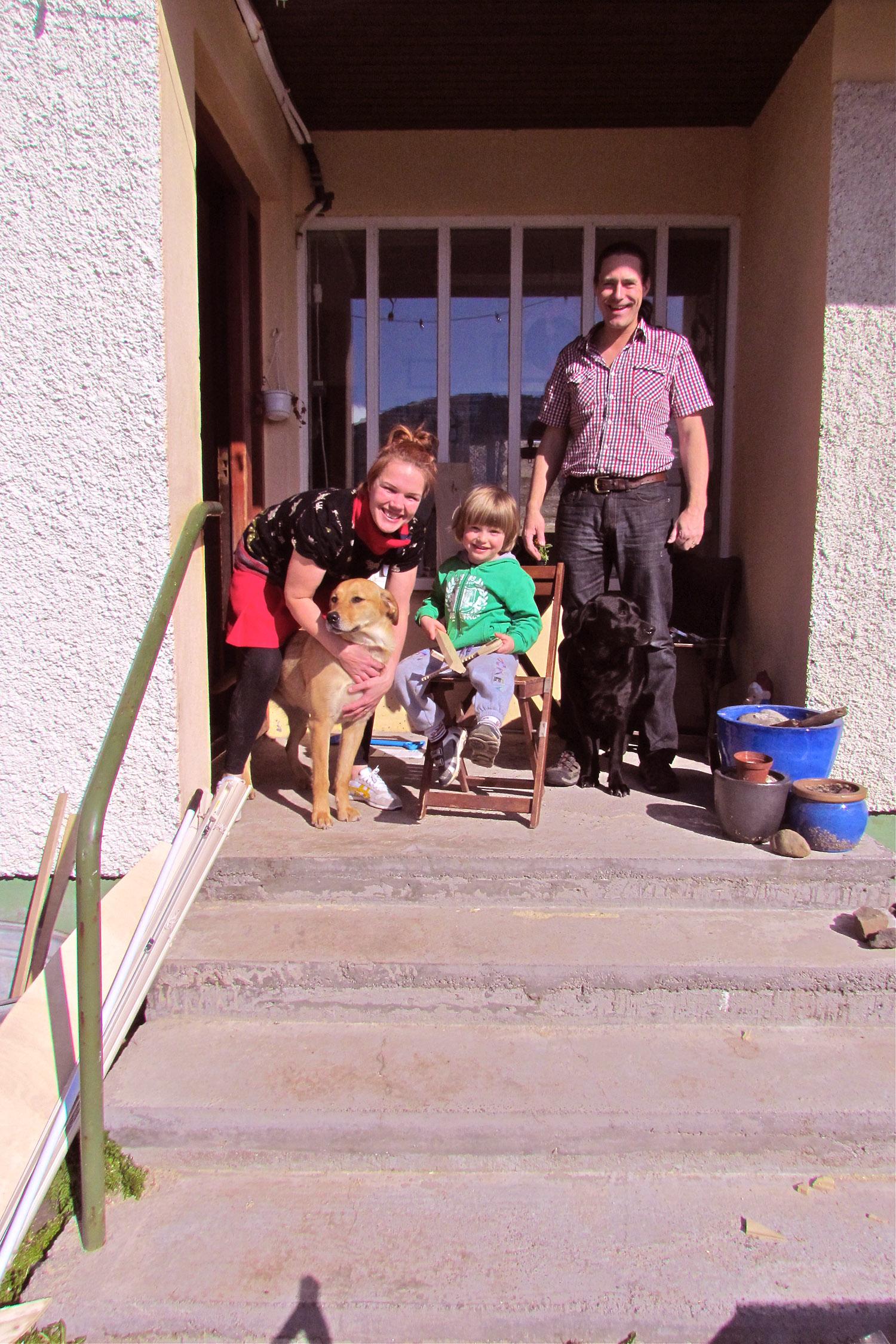 Fróði and his family in Arnardalur.