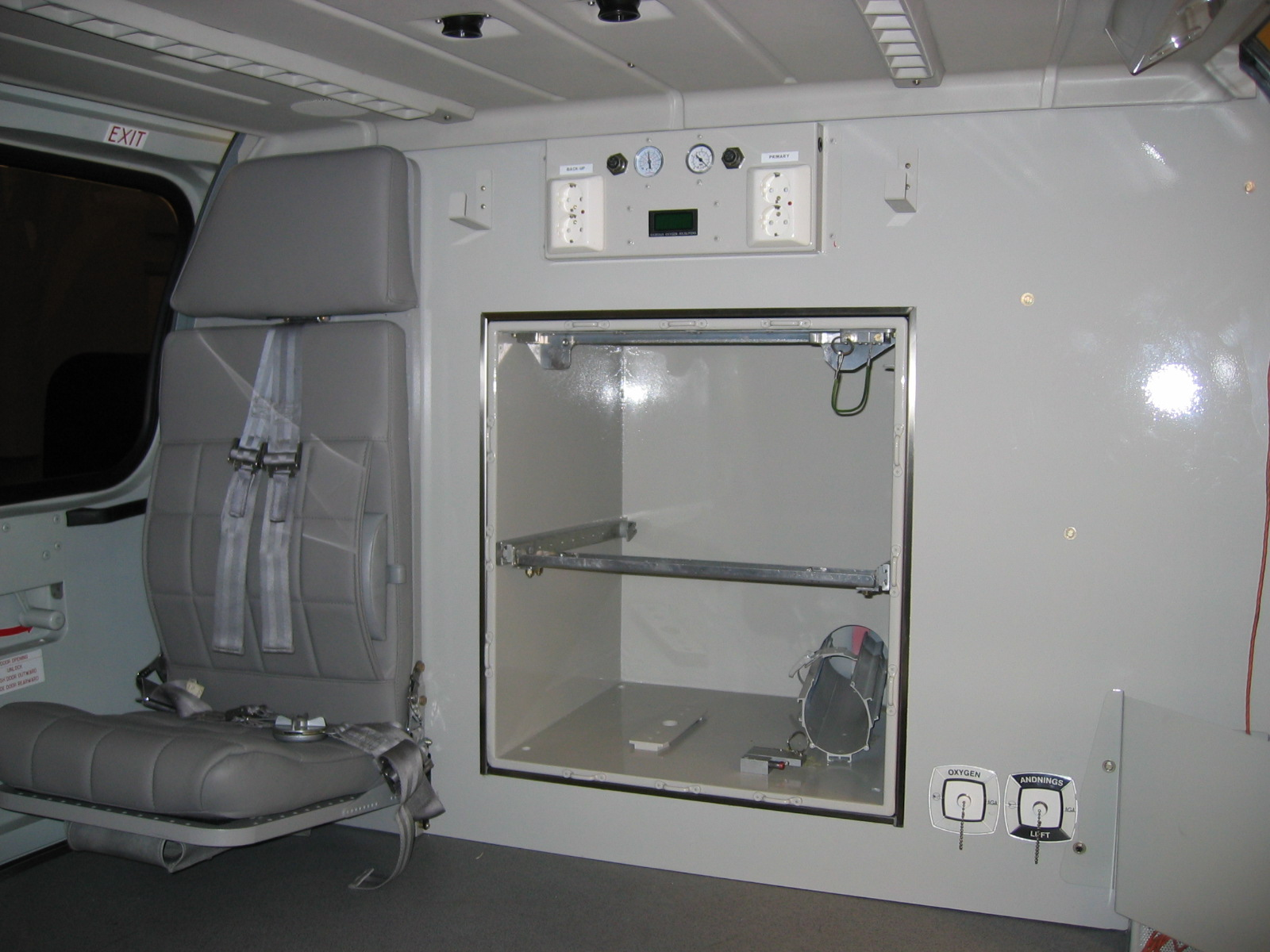Aft Cabin with Cabinet