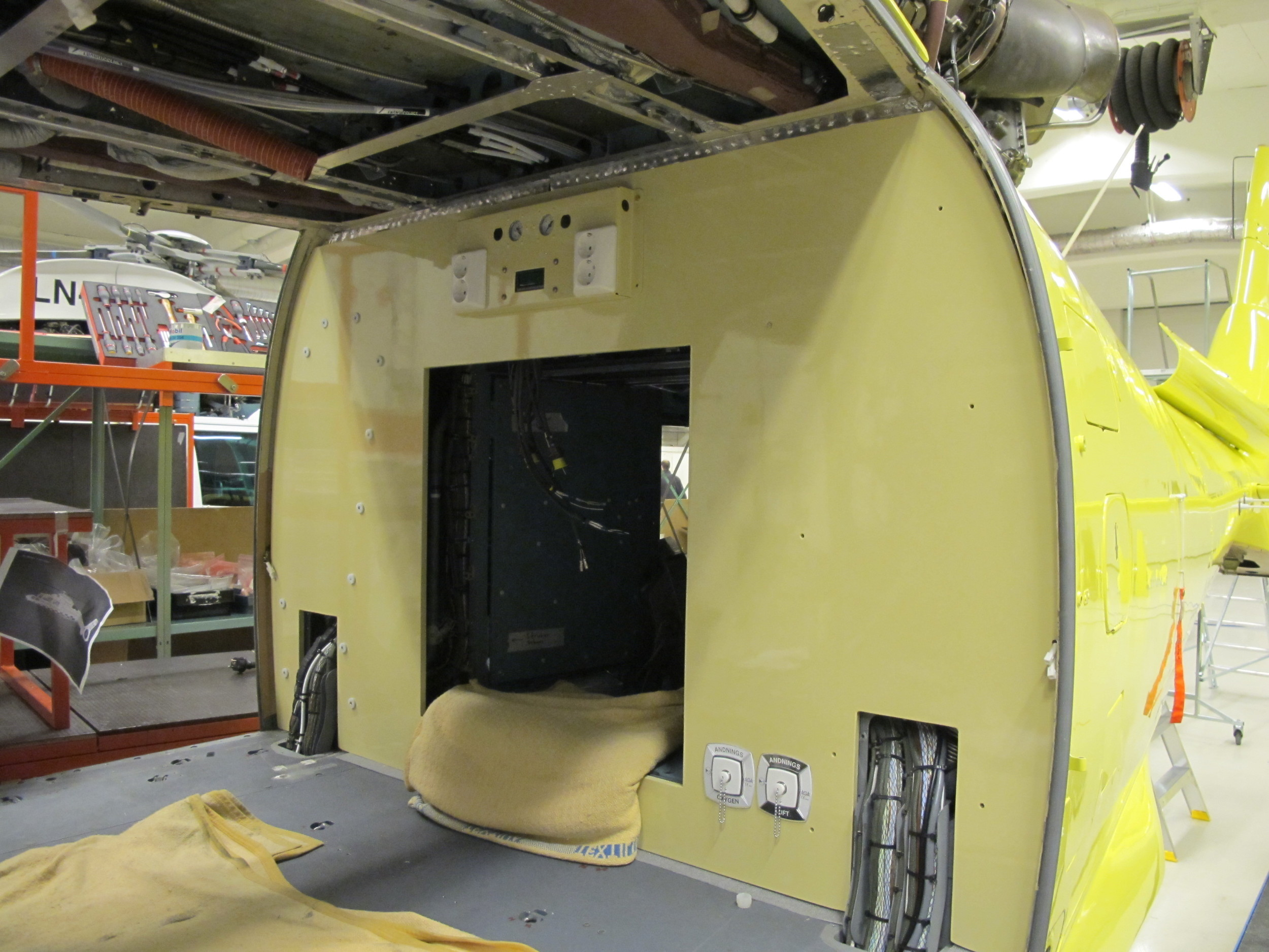 Aft Cabin Wall