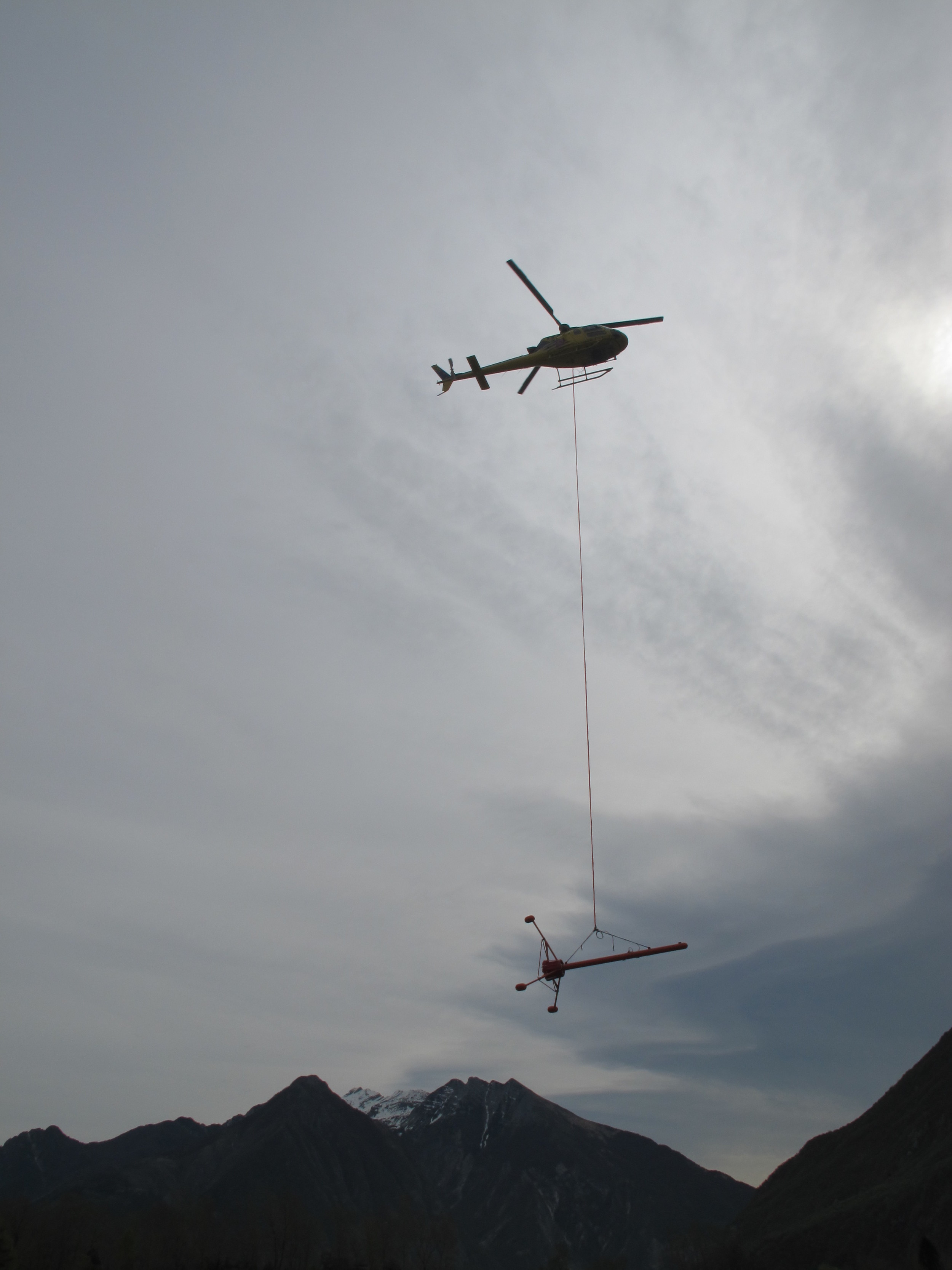 GEM GSMP-35 Gradiometer bird in flight