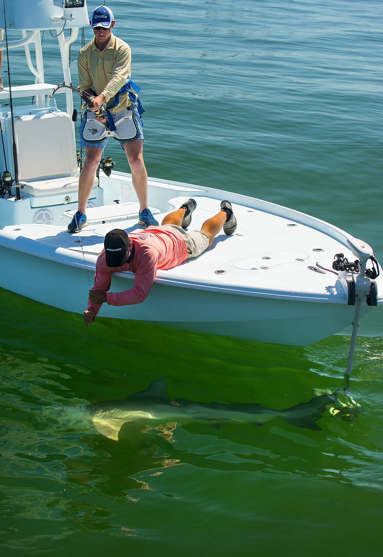Turner gets a HUGE Bull Shark