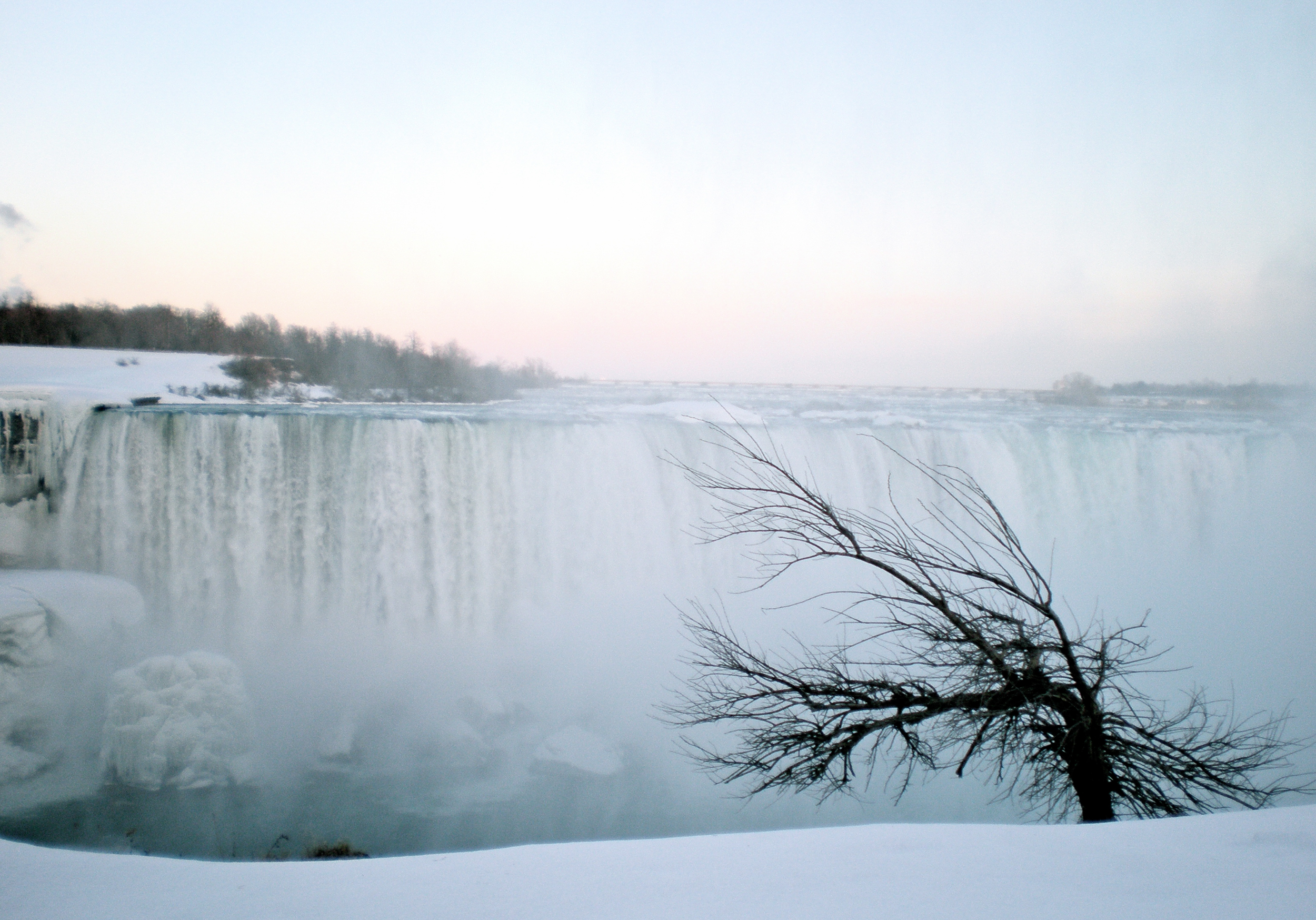 niagara falls winter-2280582.jpg