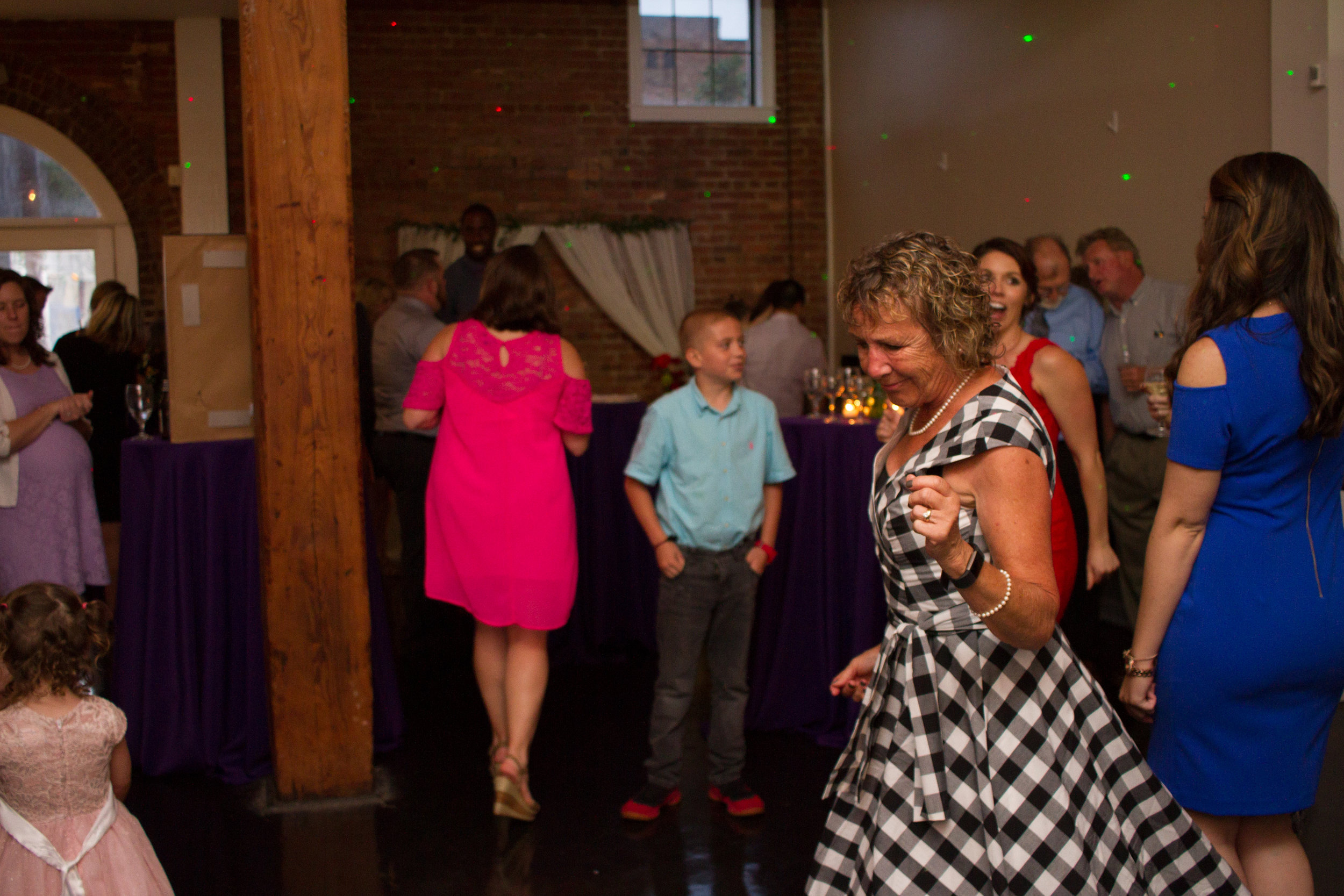 Lindsay and Brian Hayes - Wedding Reception (160 of 223).jpg