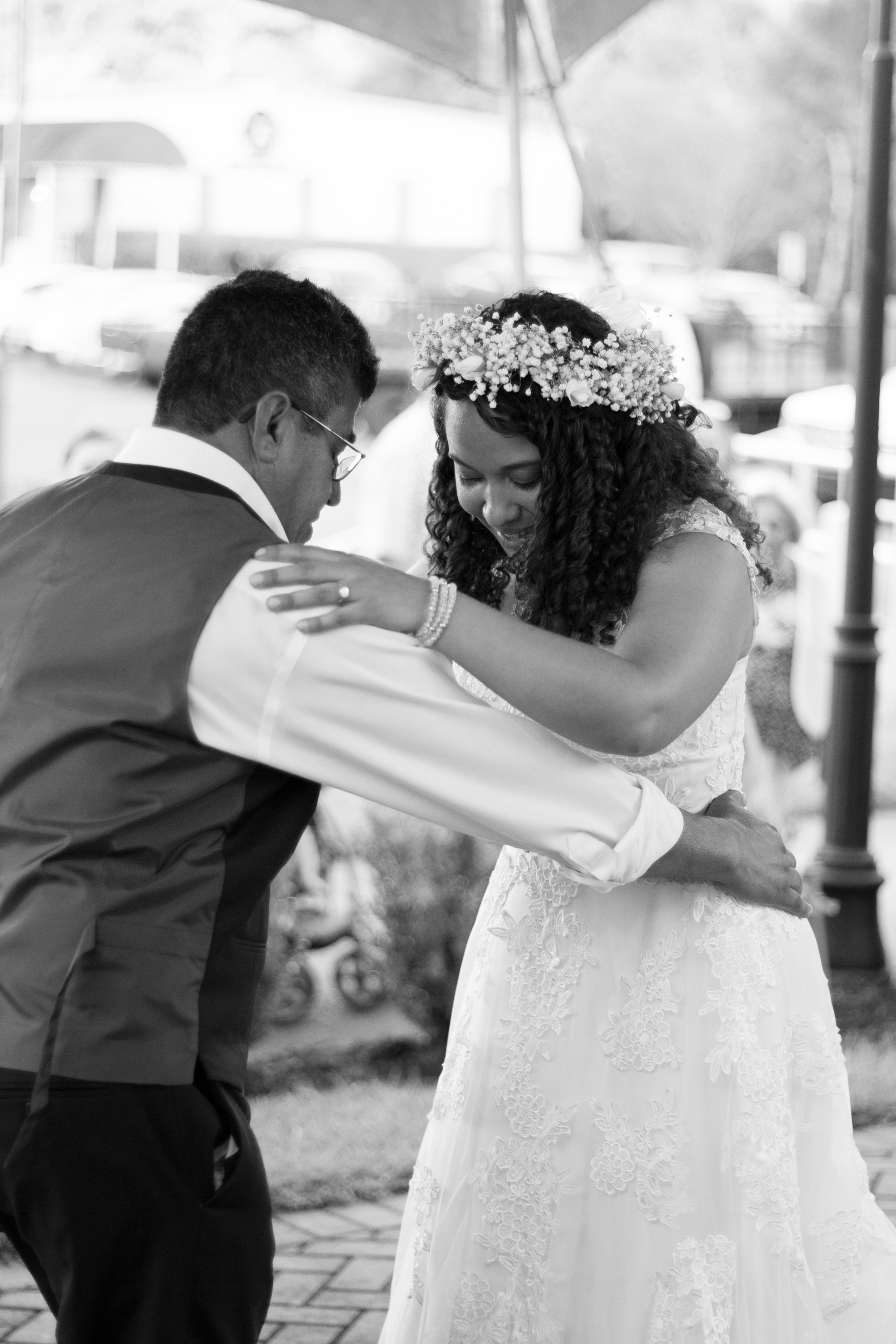 Cathy and Chris Wedding Photos - Black and White - by Brittany Castillo Meadow Portraits (5 of 21).jpg