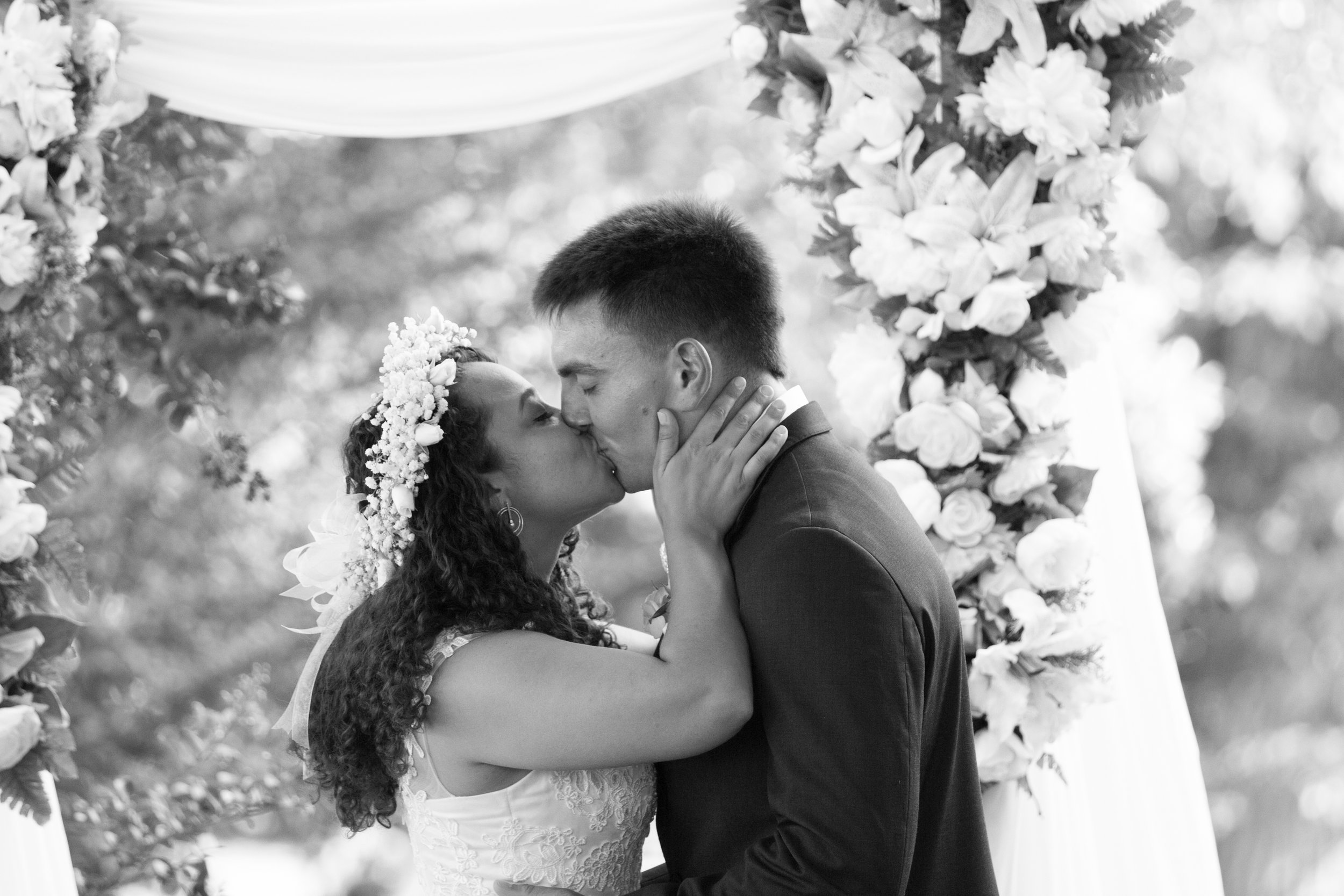 Cathy and Chris Wedding Photos - Black and White - by Brittany Castillo Meadow Portraits (3 of 21).jpg