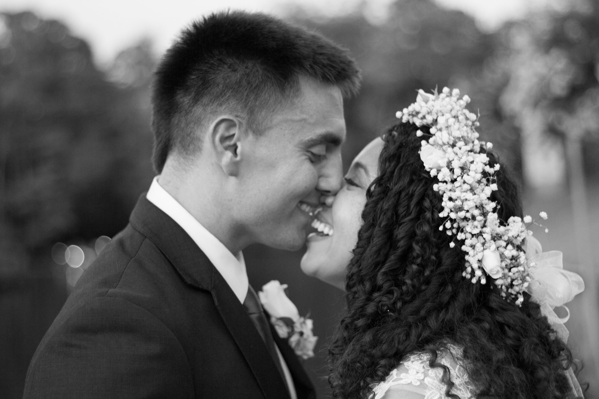 Cathy and Chris Wedding Photos - Black and White - by Brittany Castillo Meadow Portraits (15 of 21).jpg