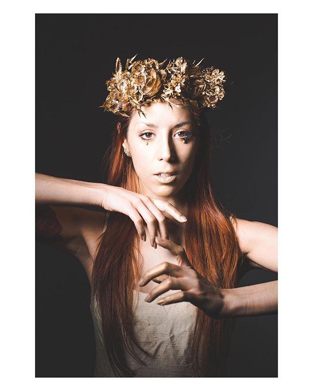 𝔚𝔥𝔢𝔫 𝔞𝔩𝔩 𝔦𝔰 𝔰𝔞𝔦𝔡 𝔞𝔫𝔡 𝔡𝔬𝔫𝔢, 𝔴𝔥𝔞𝔱 𝔢𝔳𝔢𝔯 𝔪𝔢𝔞𝔫𝔱 𝔪𝔬𝔯𝔢 𝔱𝔥𝔞𝔫 𝔱𝔥𝔢 𝔦𝔫𝔫𝔢𝔯 𝔨𝔫𝔬𝔴𝔦𝔫𝔤𝔰 𝔬𝔣 𝔱𝔥𝔢 𝔥𝔢𝔞𝔯𝔱 :: . . . . . . . Photos by @tpphotography_ . . . . . . . #trust #innerknowing #characterdevelopment #storydevelopment #she #headdress #gold #ewc