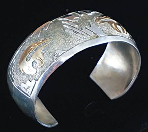 navajo-12kgf-gold-silver-spirit-bears-overlay-textured-cuff-bracelet.jpg