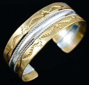 navajo-silver-12kgf-gold-freeform-stamped-twist-bracelet.jpg