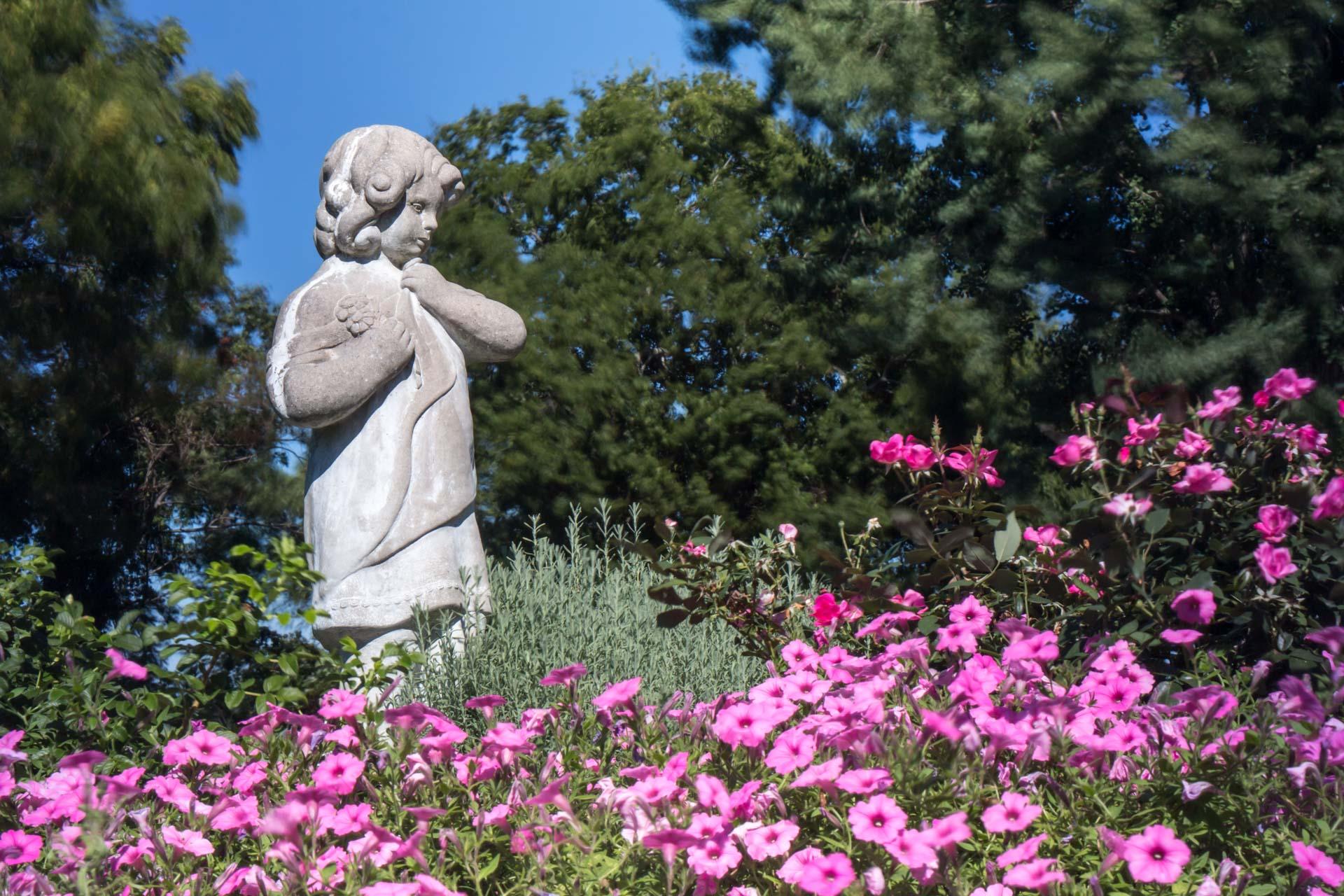 Garden statue.jpg