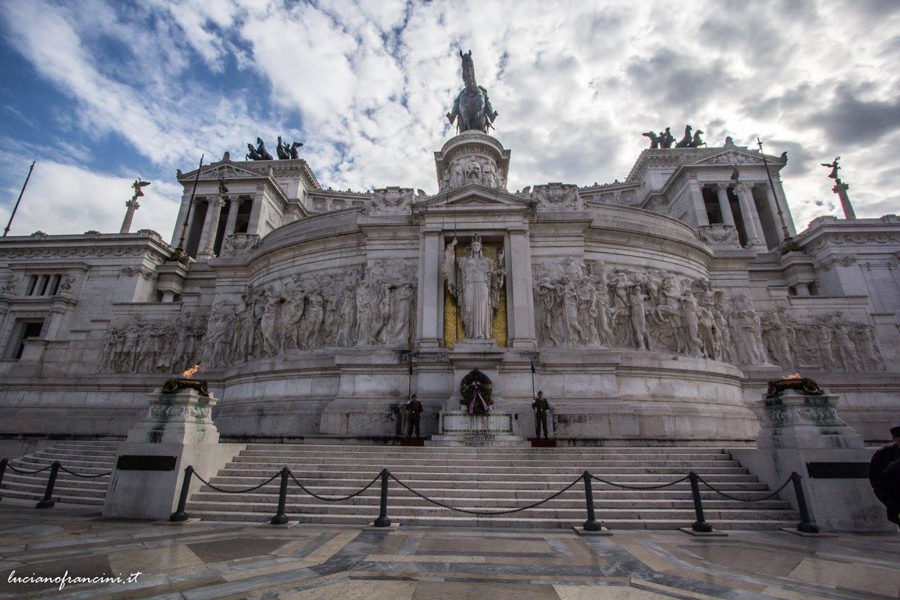 ROME MONUMENT.jpg